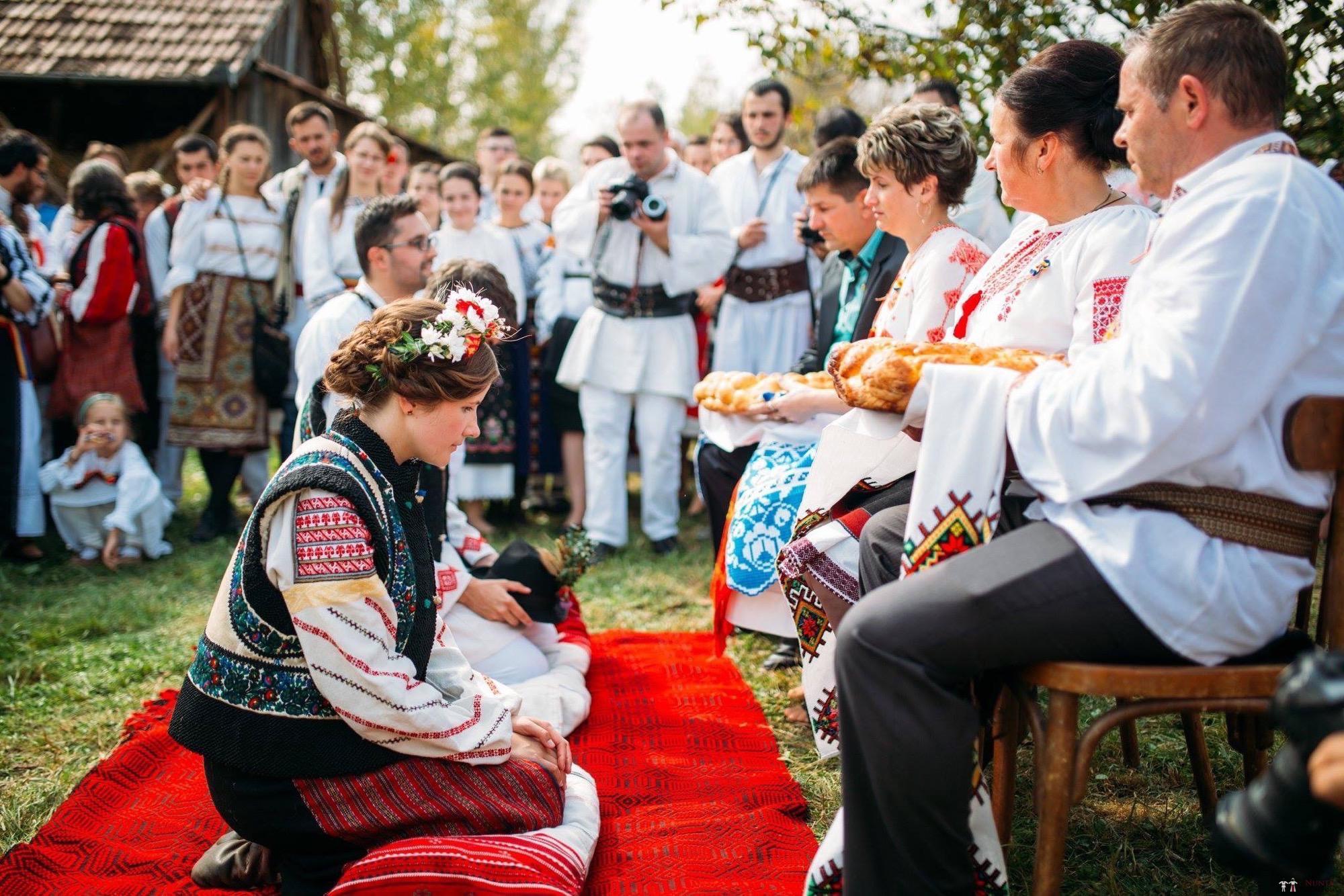 Povești Nunți Tradiționale - Andreea și Sergiu. Nuntă tradițională în Alba-Iulia 46