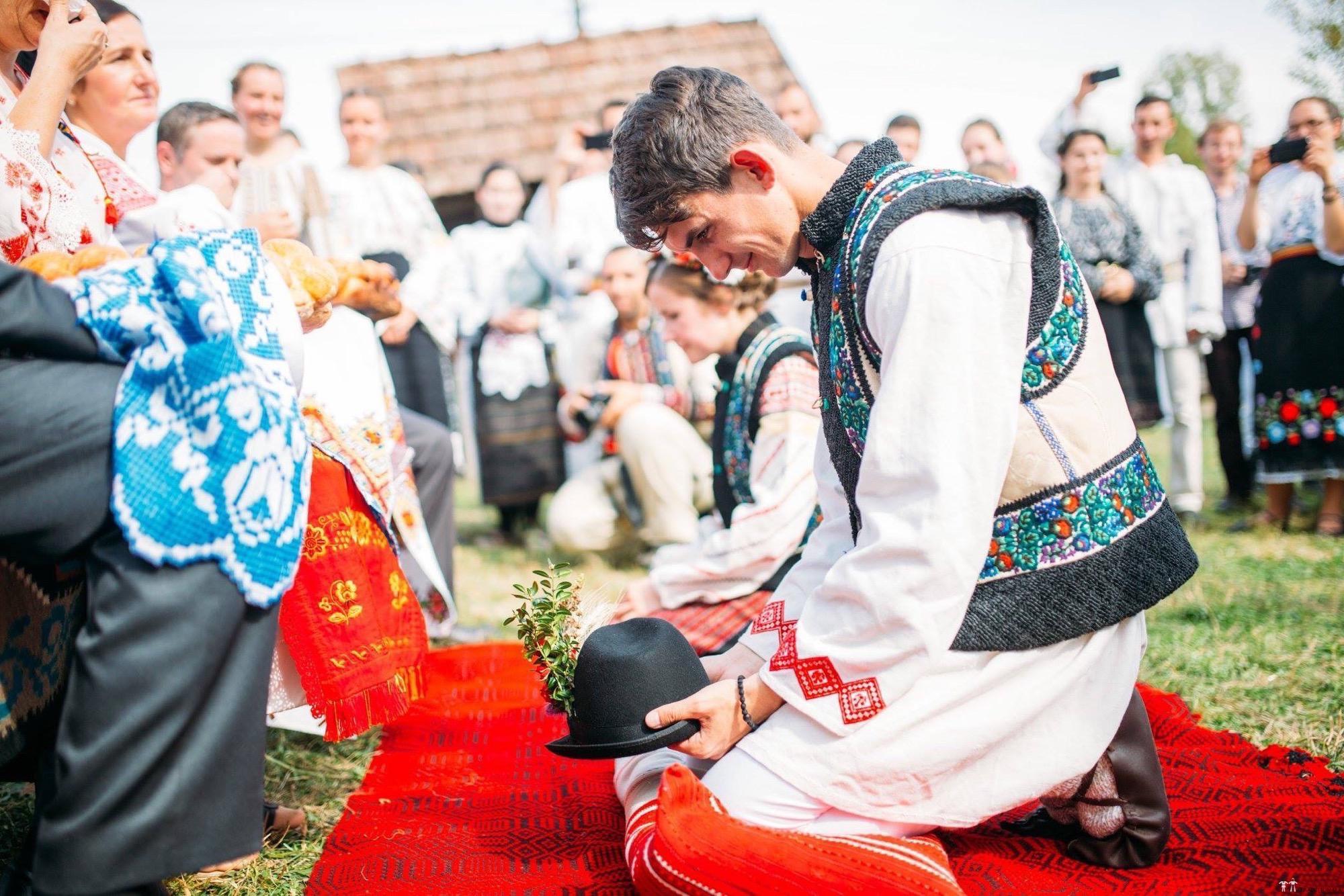Povești Nunți Tradiționale - Andreea și Sergiu. Nuntă tradițională în Alba-Iulia 4