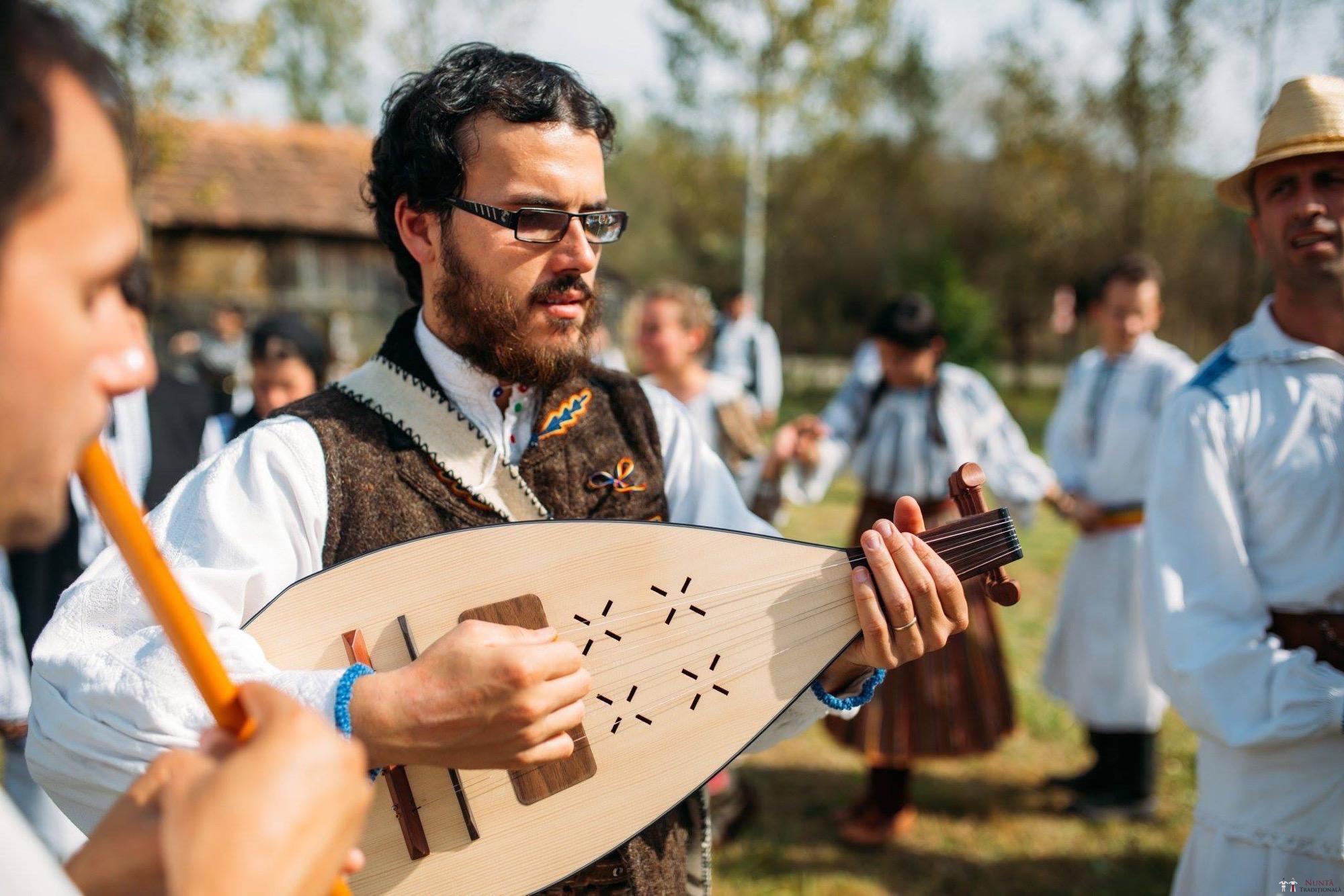 Povești Nunți Tradiționale - Andreea și Sergiu. Nuntă tradițională în Alba-Iulia 5