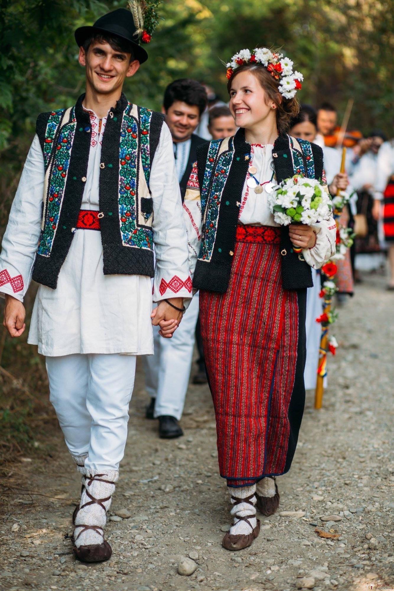 Povești Nunți Tradiționale - Andreea și Sergiu. Nuntă tradițională în Alba-Iulia 7