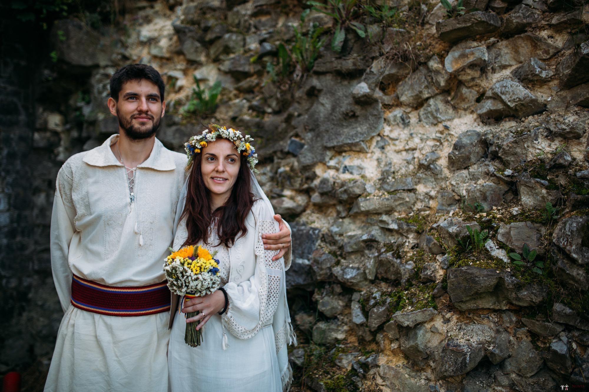 Povești Nunți Tradiționale - Gabriela și Iulian. Nuntă românească în Belgia.