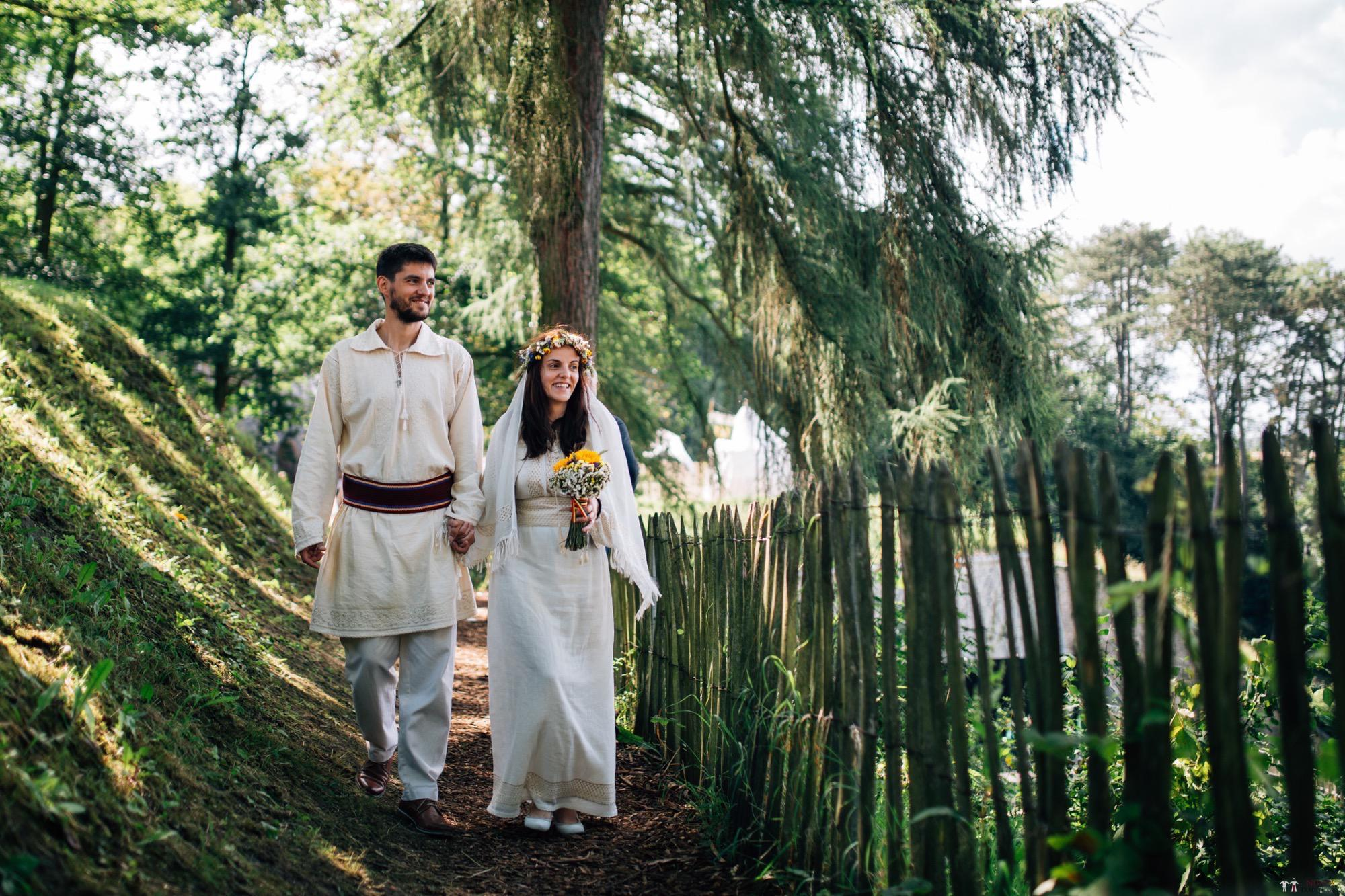 Povești Nunți Tradiționale - Gabriela și Iulian. Nuntă românească în Belgia. 1