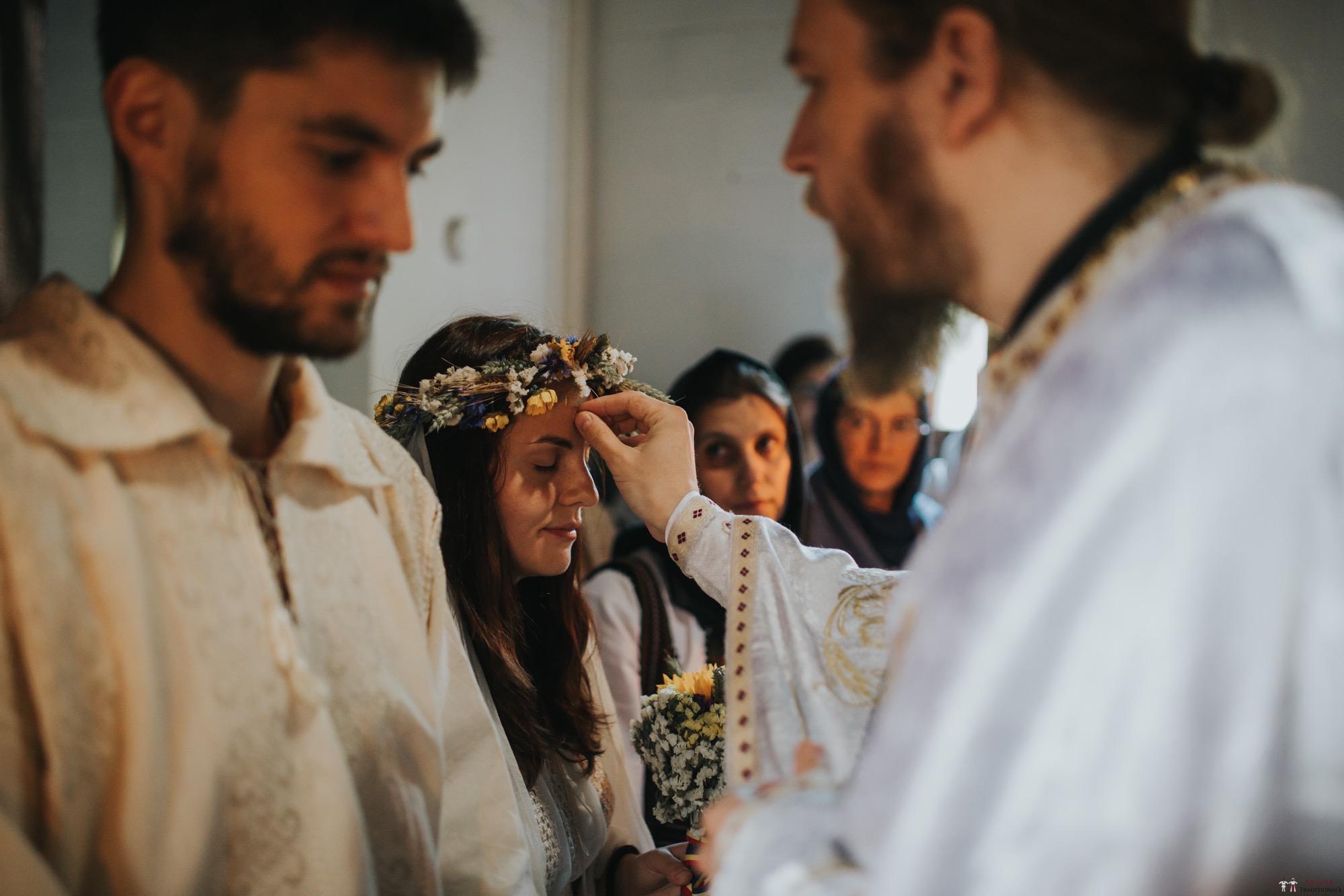 Povești Nunți Tradiționale - Gabriela și Iulian. Nuntă românească în Belgia. 30