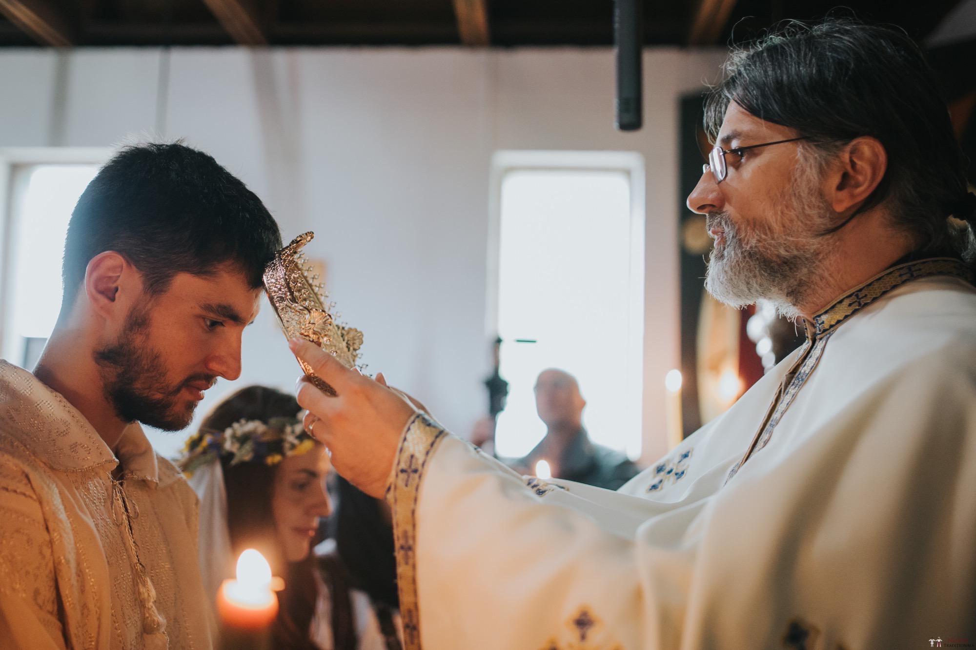 Povești Nunți Tradiționale - Gabriela și Iulian. Nuntă românească în Belgia. 34
