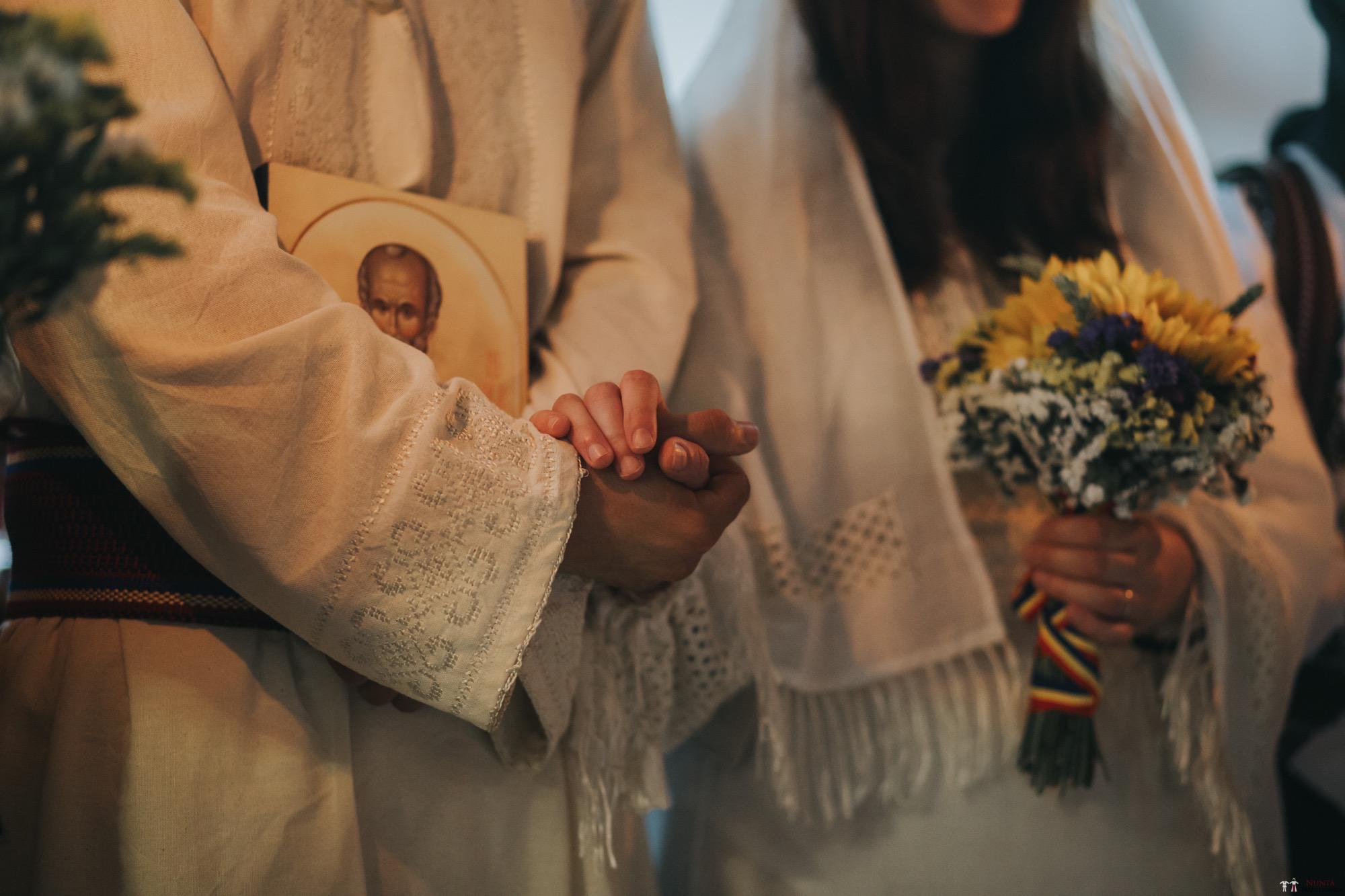 Povești Nunți Tradiționale - Gabriela și Iulian. Nuntă românească în Belgia. 42