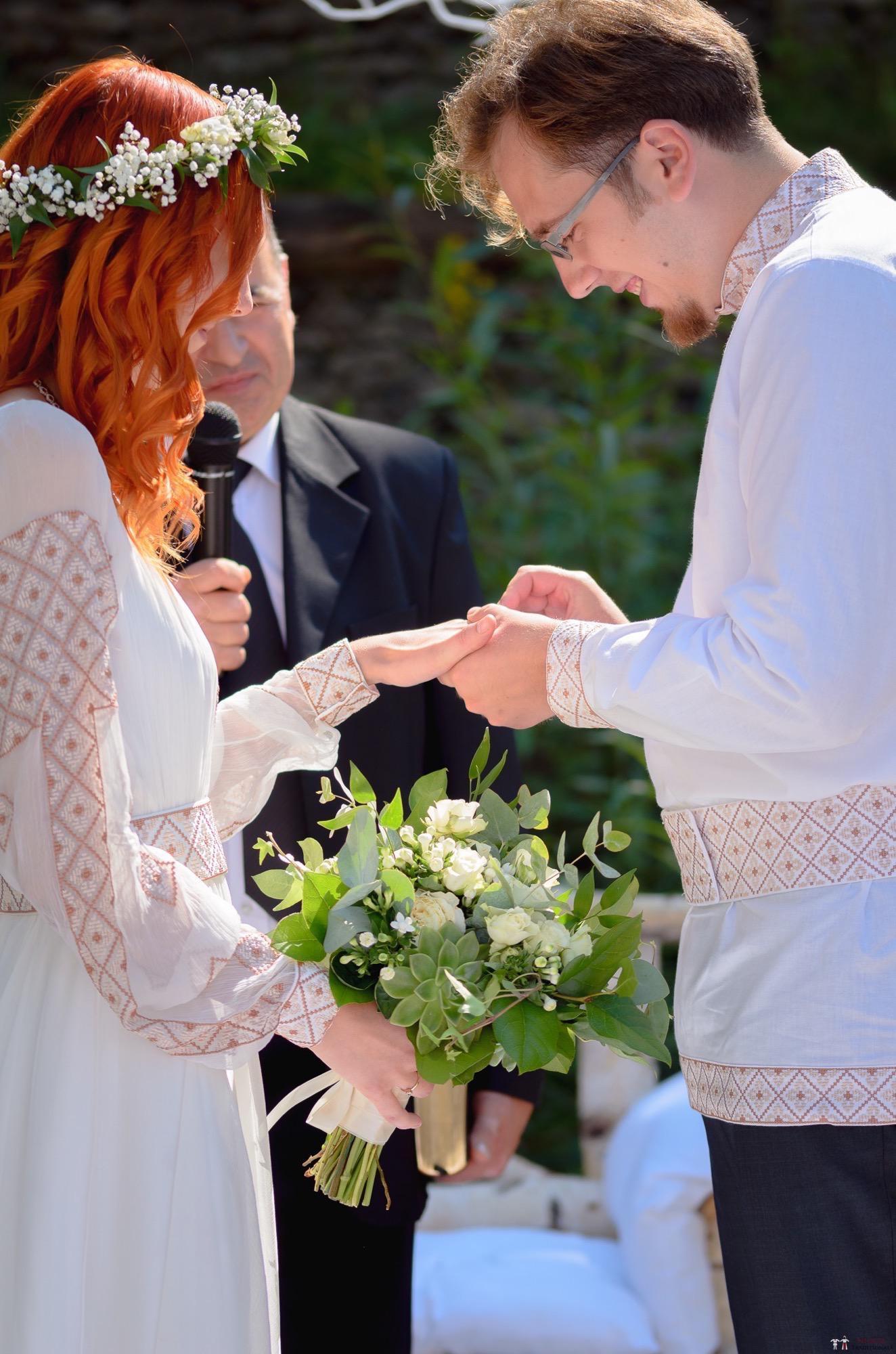 Povești Nunți Tradiționale - Aurelian și Sonia. Nuntă tradițională în Câmpulung Moldovenesc 16