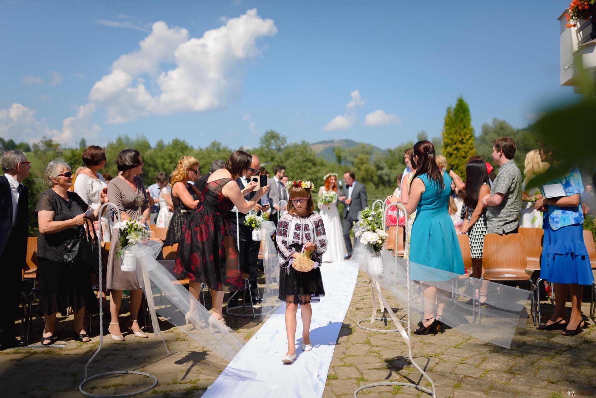 Povești Nunți Tradiționale - Aurelian și Sonia. Nuntă tradițională în Câmpulung Moldovenesc 9