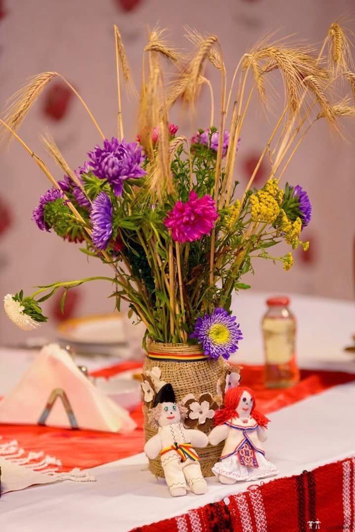 Idei și Sfaturi - Idei decorațiuni și aranjamente florale în stil tradițional 3