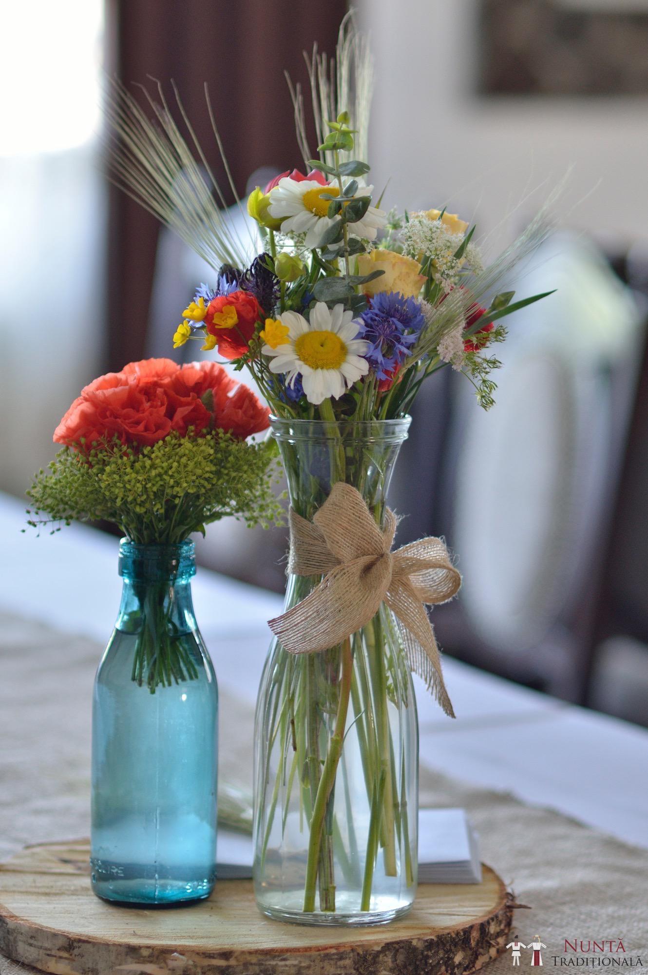 Idei și Sfaturi - Idei decorațiuni și aranjamente florale în stil tradițional 1