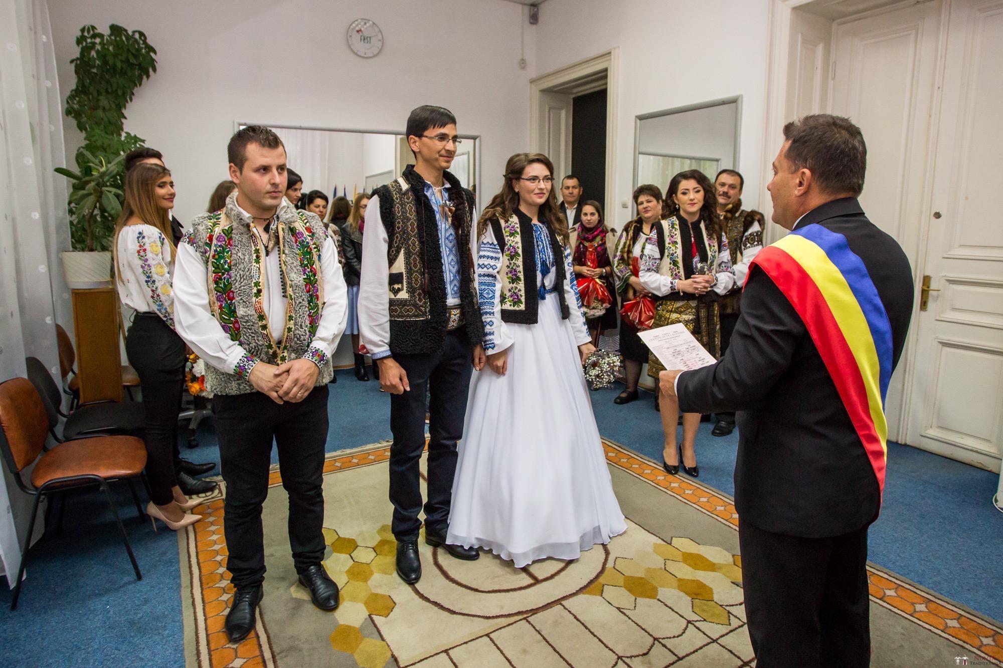 Povești Nunți Tradiționale - Ioana-Alexandra și Bogdan-Vasile. Nuntă tradițională în Fălticeni 10