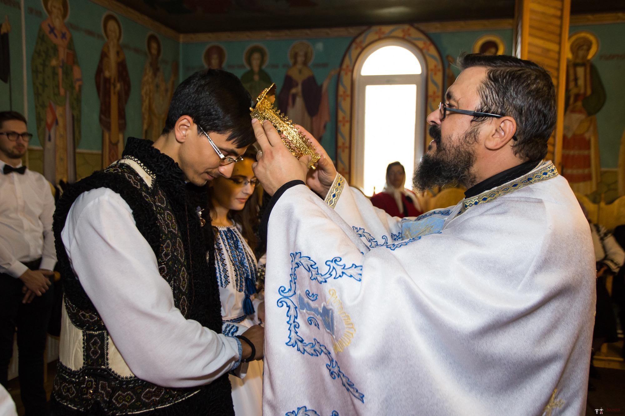 Povești Nunți Tradiționale - Ioana-Alexandra și Bogdan-Vasile. Nuntă tradițională în Fălticeni 11