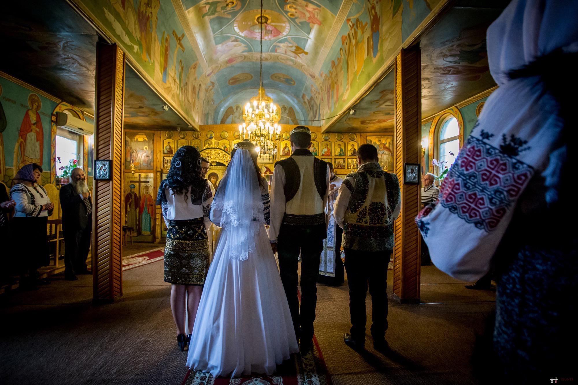 Povești Nunți Tradiționale - Ioana-Alexandra și Bogdan-Vasile. Nuntă tradițională în Fălticeni 13