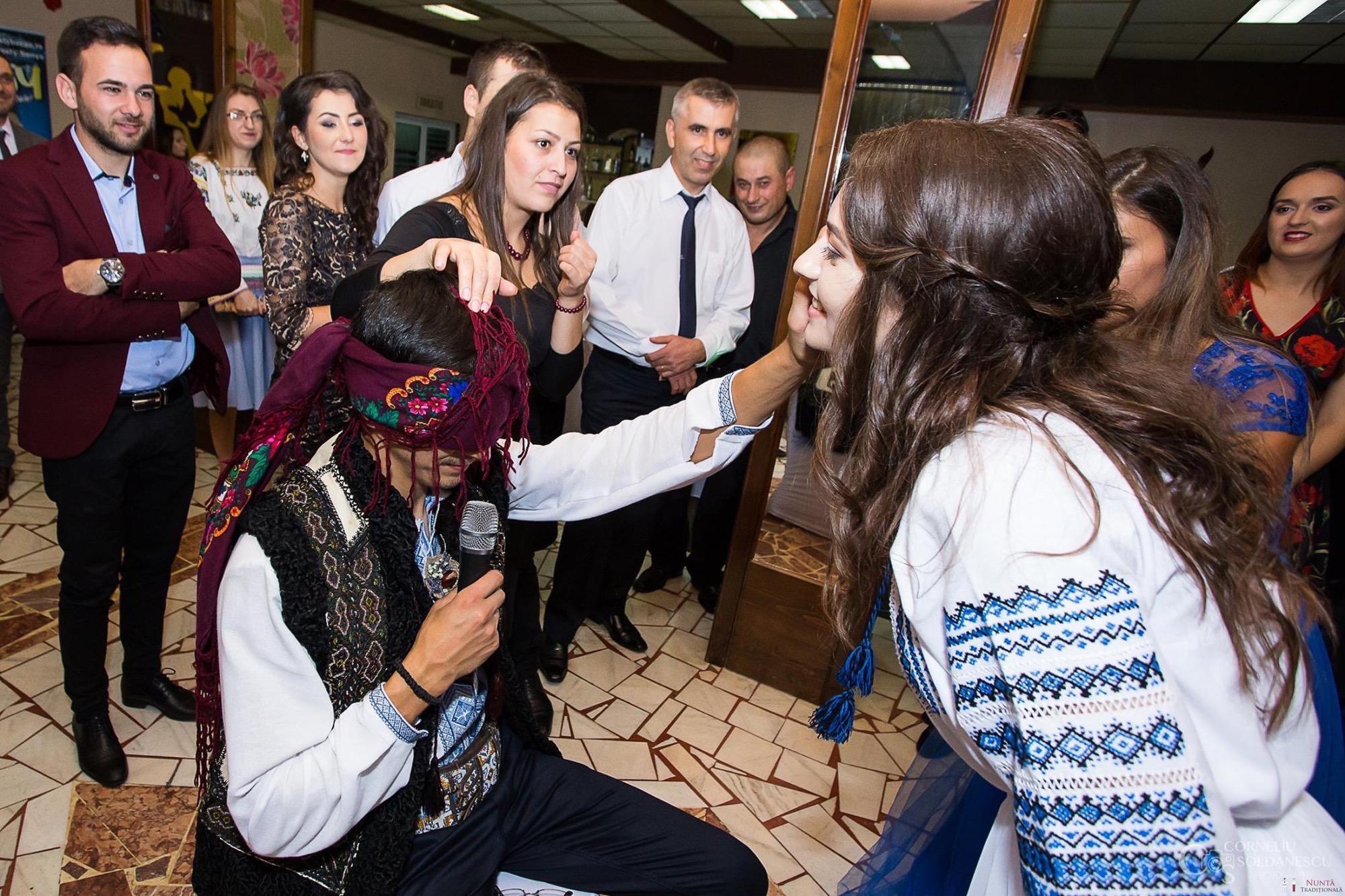 Povești Nunți Tradiționale - Ioana-Alexandra și Bogdan-Vasile. Nuntă tradițională în Fălticeni 26