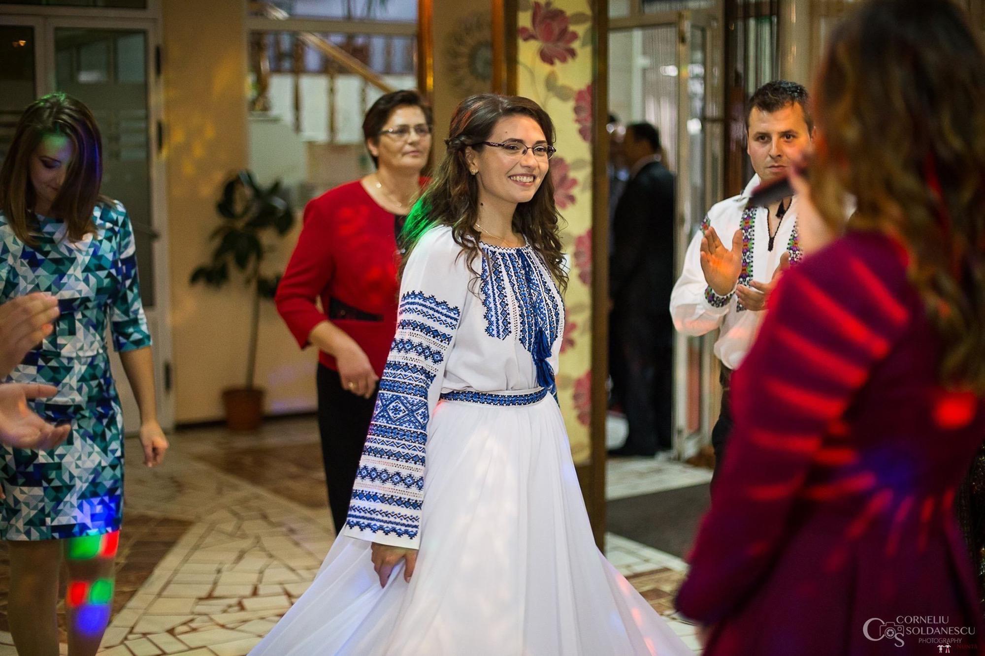 Povești Nunți Tradiționale - Ioana-Alexandra și Bogdan-Vasile. Nuntă tradițională în Fălticeni 33