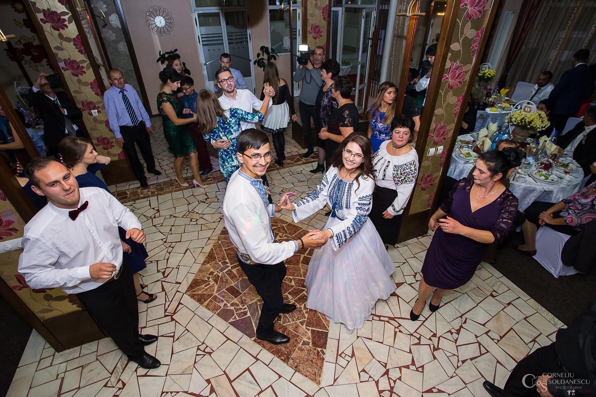 Povești Nunți Tradiționale - Ioana-Alexandra și Bogdan-Vasile. Nuntă tradițională în Fălticeni 35
