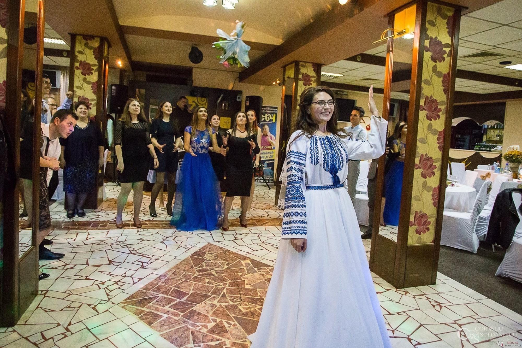 Povești Nunți Tradiționale - Ioana-Alexandra și Bogdan-Vasile. Nuntă tradițională în Fălticeni 44