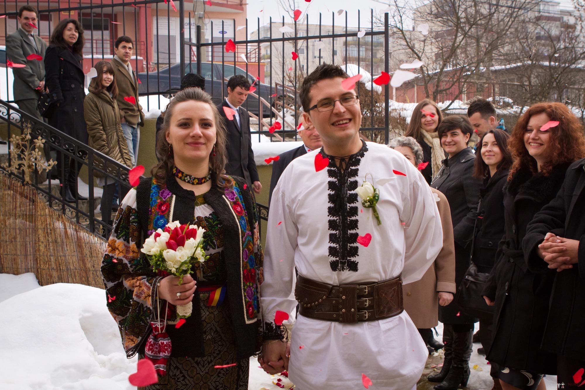 Povești Nunți Tradiționale - Florentina și Daniel. Nuntă tradițională la Poiana Negri 12