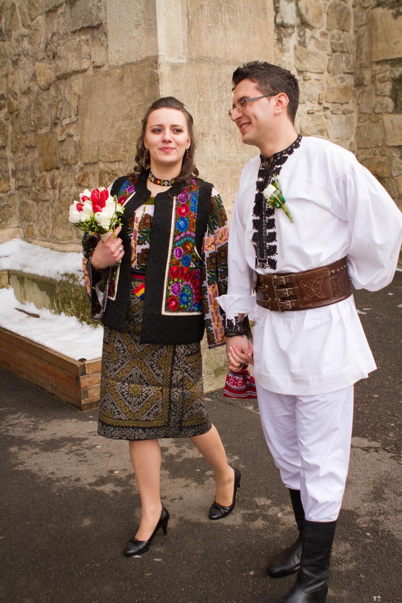 Povești Nunți Tradiționale - Florentina și Daniel. Nuntă tradițională la Poiana Negri 17