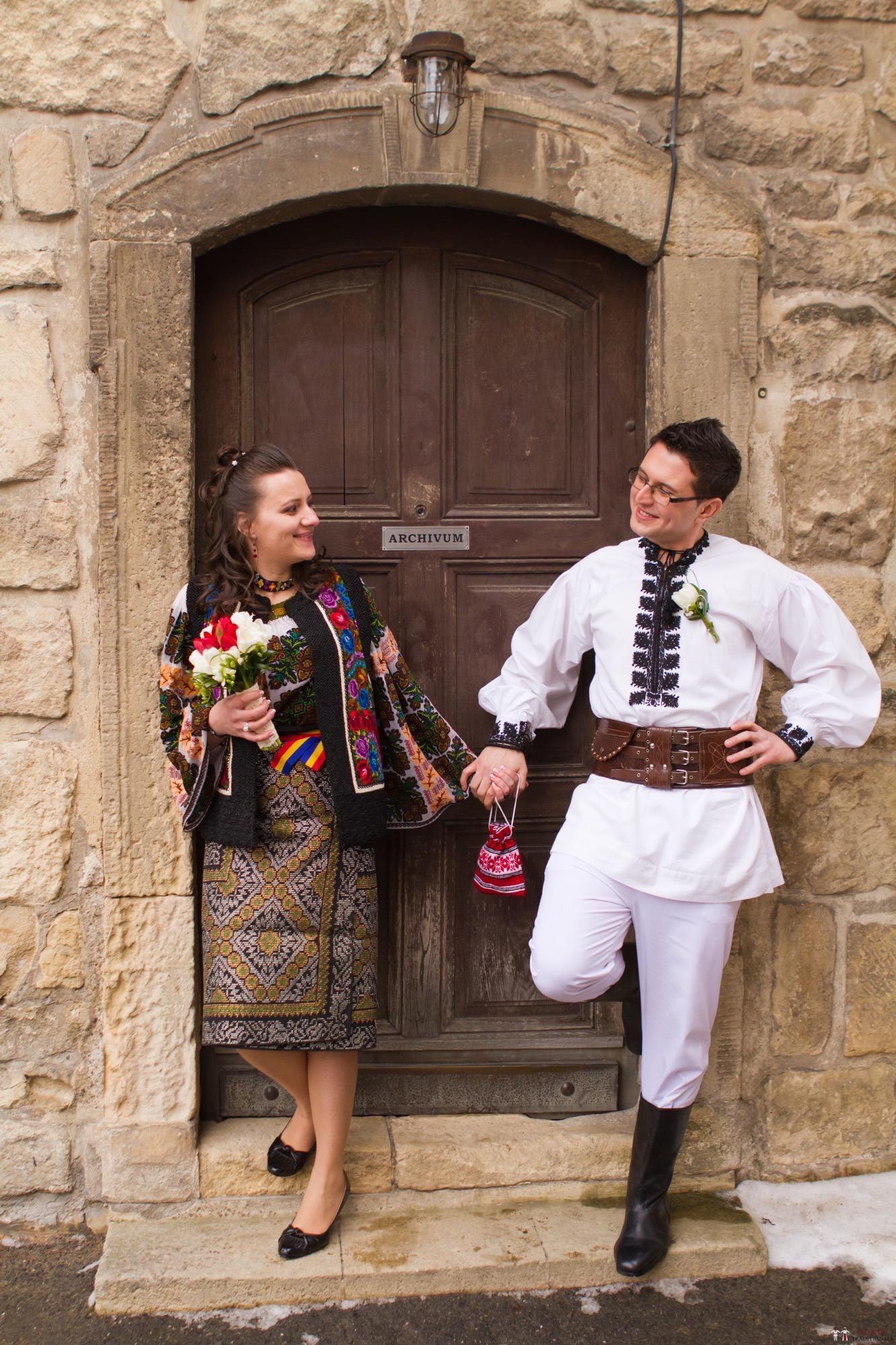 Povești Nunți Tradiționale - Florentina și Daniel. Nuntă tradițională la Poiana Negri 23