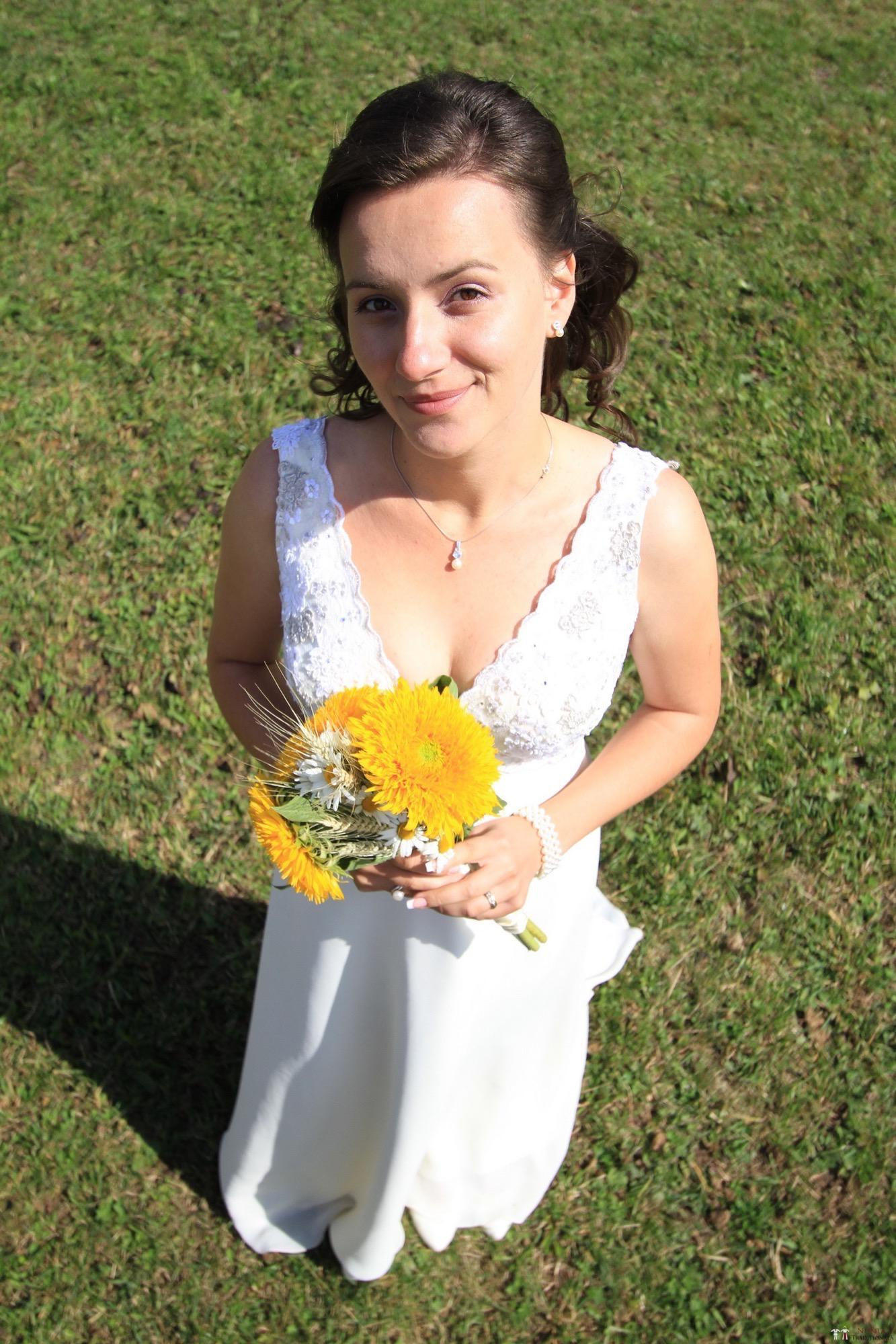 Povești Nunți Tradiționale - Florentina și Daniel. Nuntă tradițională la Poiana Negri 37