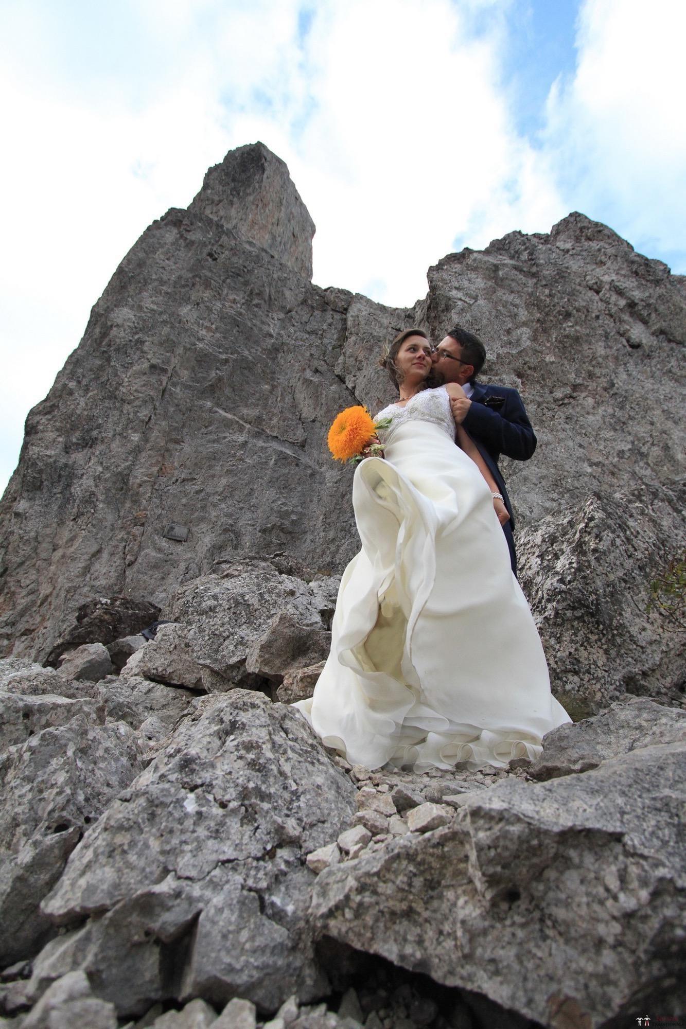 Povești Nunți Tradiționale - Florentina și Daniel. Nuntă tradițională la Poiana Negri 43
