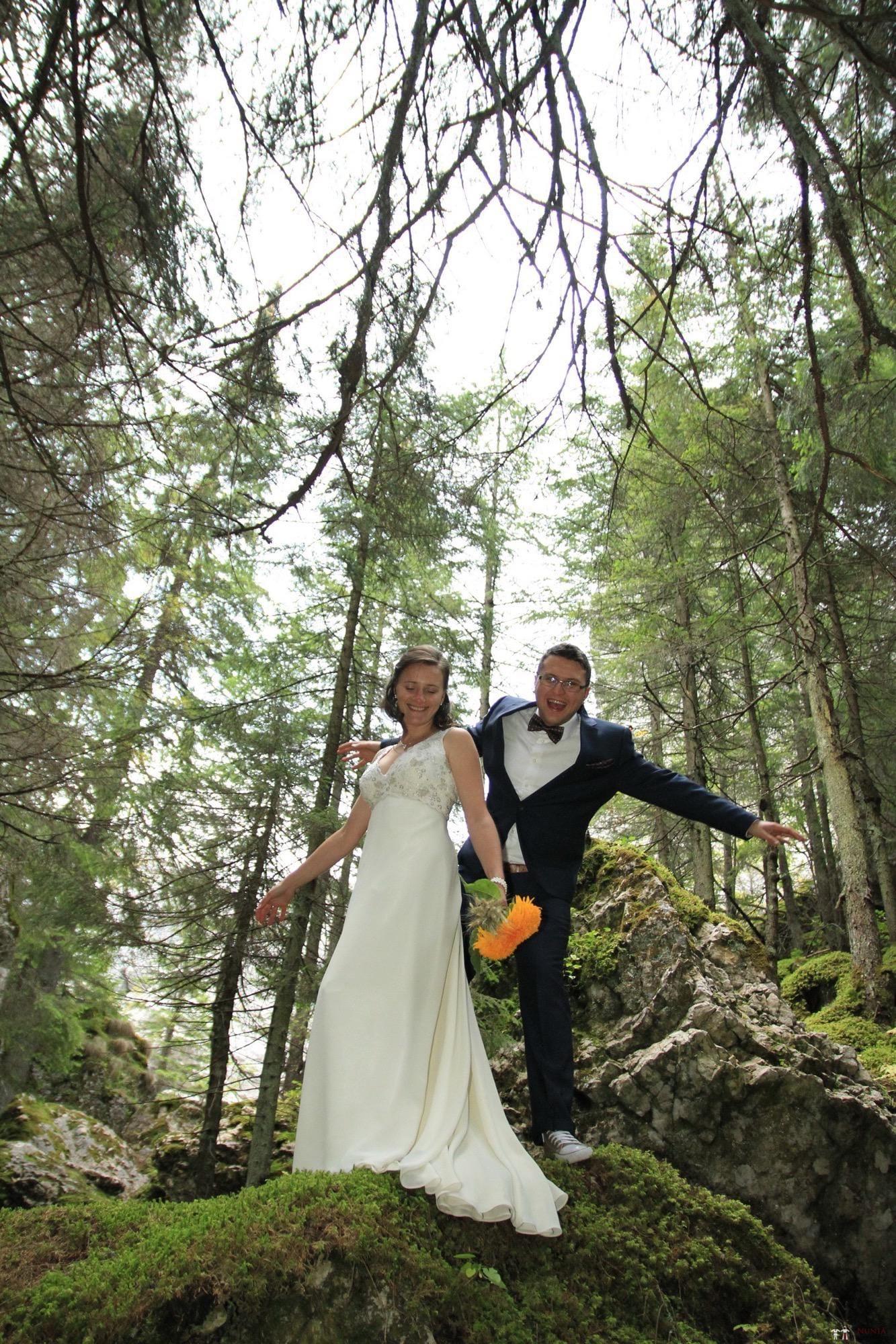 Povești Nunți Tradiționale - Florentina și Daniel. Nuntă tradițională la Poiana Negri 48