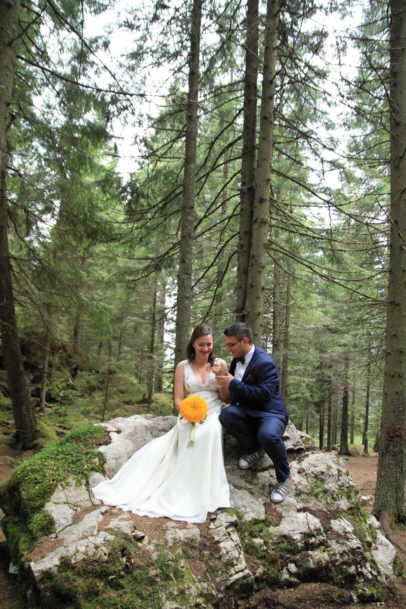 Povești Nunți Tradiționale - Florentina și Daniel. Nuntă tradițională la Poiana Negri 49