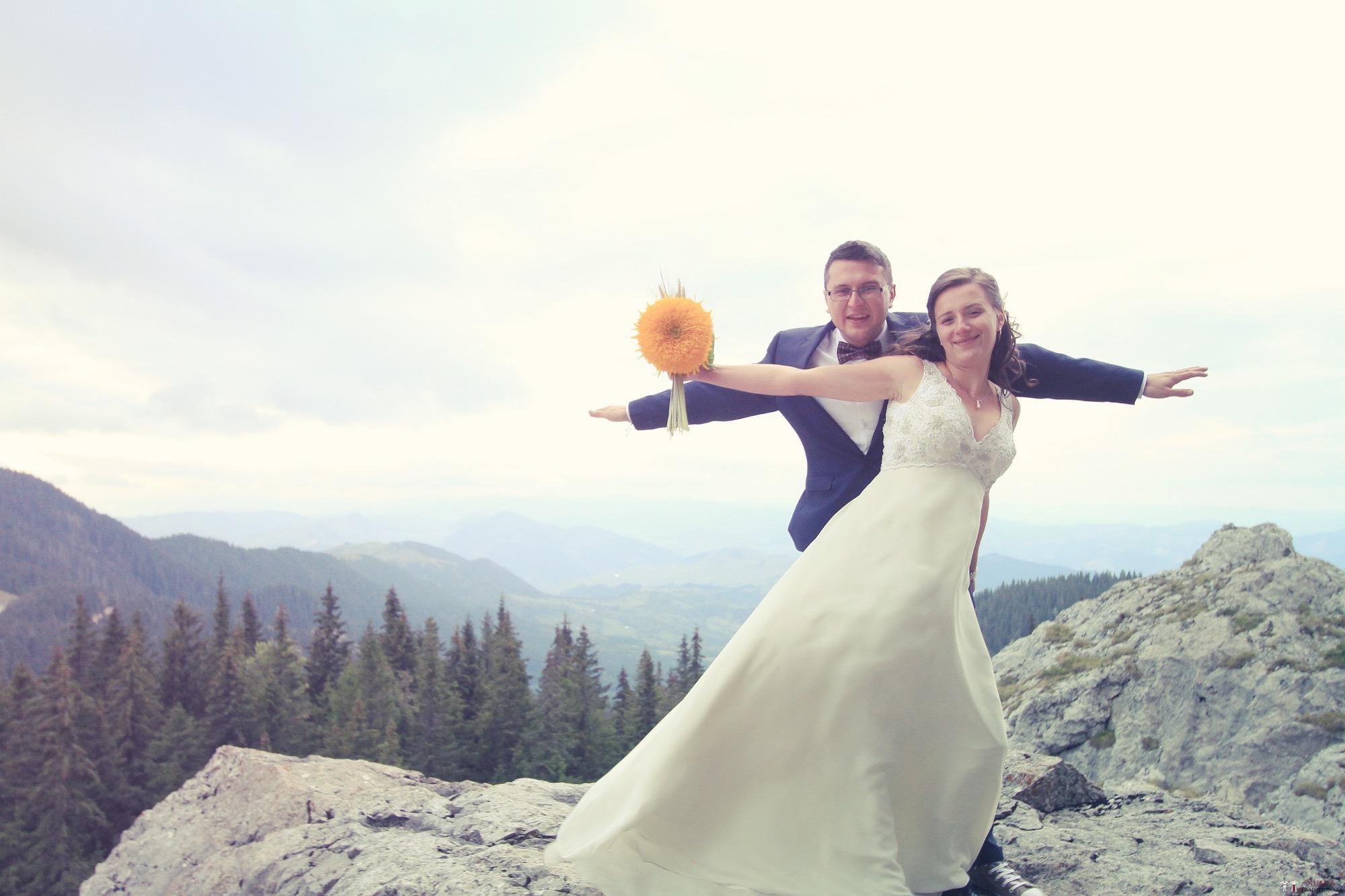 Povești Nunți Tradiționale - Florentina și Daniel. Nuntă tradițională la Poiana Negri 51