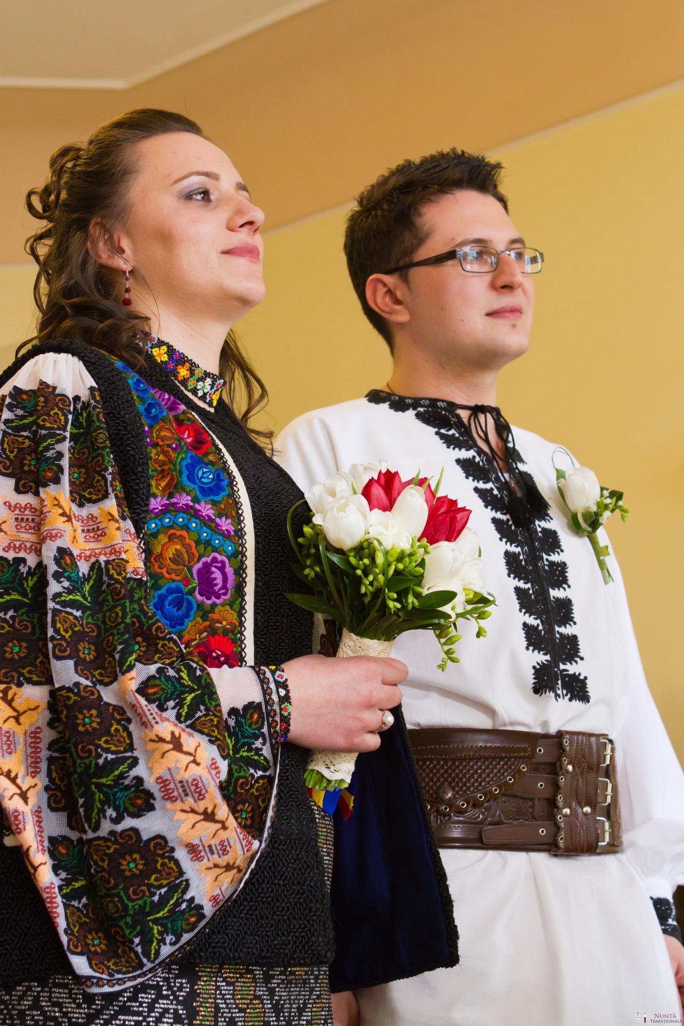 Povești Nunți Tradiționale - Florentina și Daniel. Nuntă tradițională la Poiana Negri 7