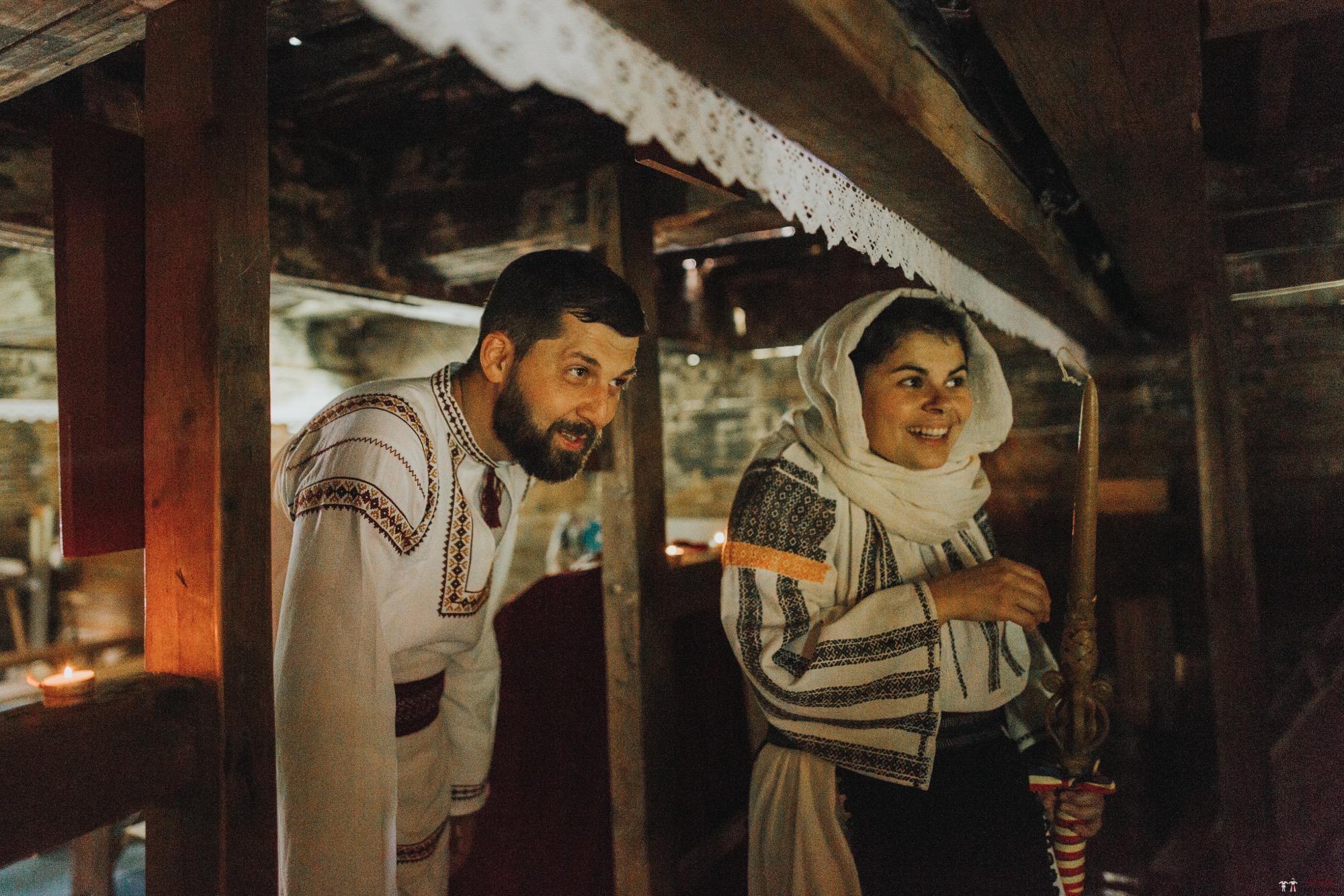 Povești Nunți Tradiționale - Diana și Bogdan. Nuntă tradițională în Găbud, Alba 1