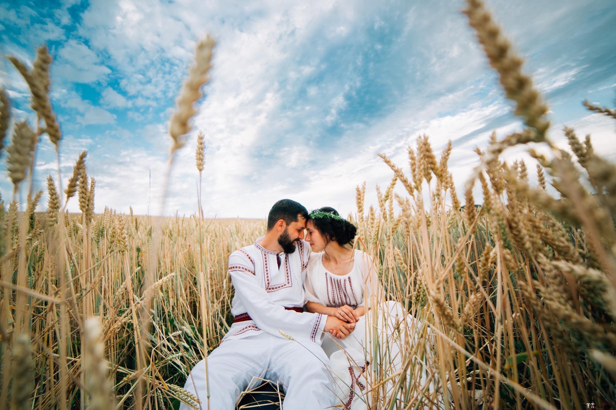 Povești Nunți Tradiționale - Diana și Bogdan. Nuntă tradițională în Găbud, Alba 35
