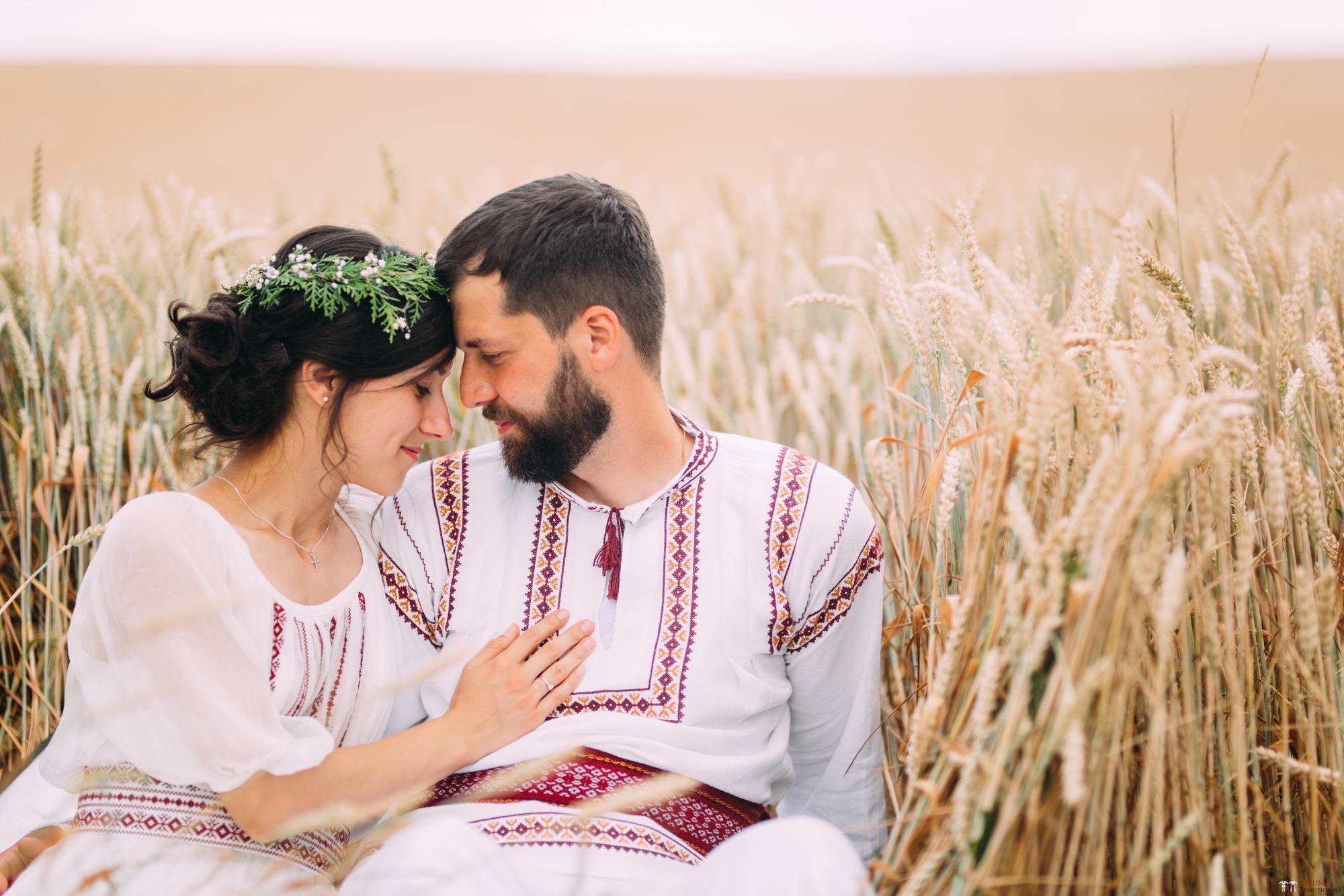 Povești Nunți Tradiționale - Diana și Bogdan. Nuntă tradițională în Găbud, Alba 36