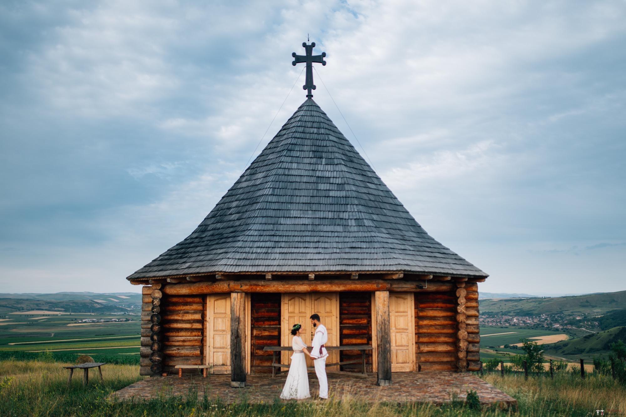 Povești Nunți Tradiționale - Diana și Bogdan. Nuntă tradițională în Găbud, Alba 37