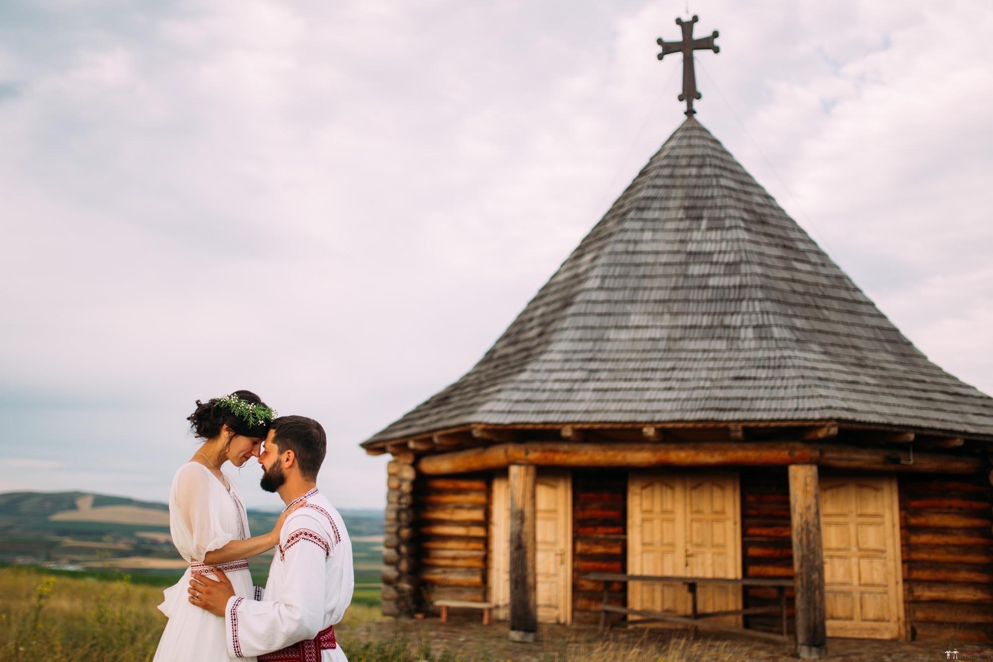 Povești Nunți Tradiționale - Diana și Bogdan. Nuntă tradițională în Găbud, Alba 38