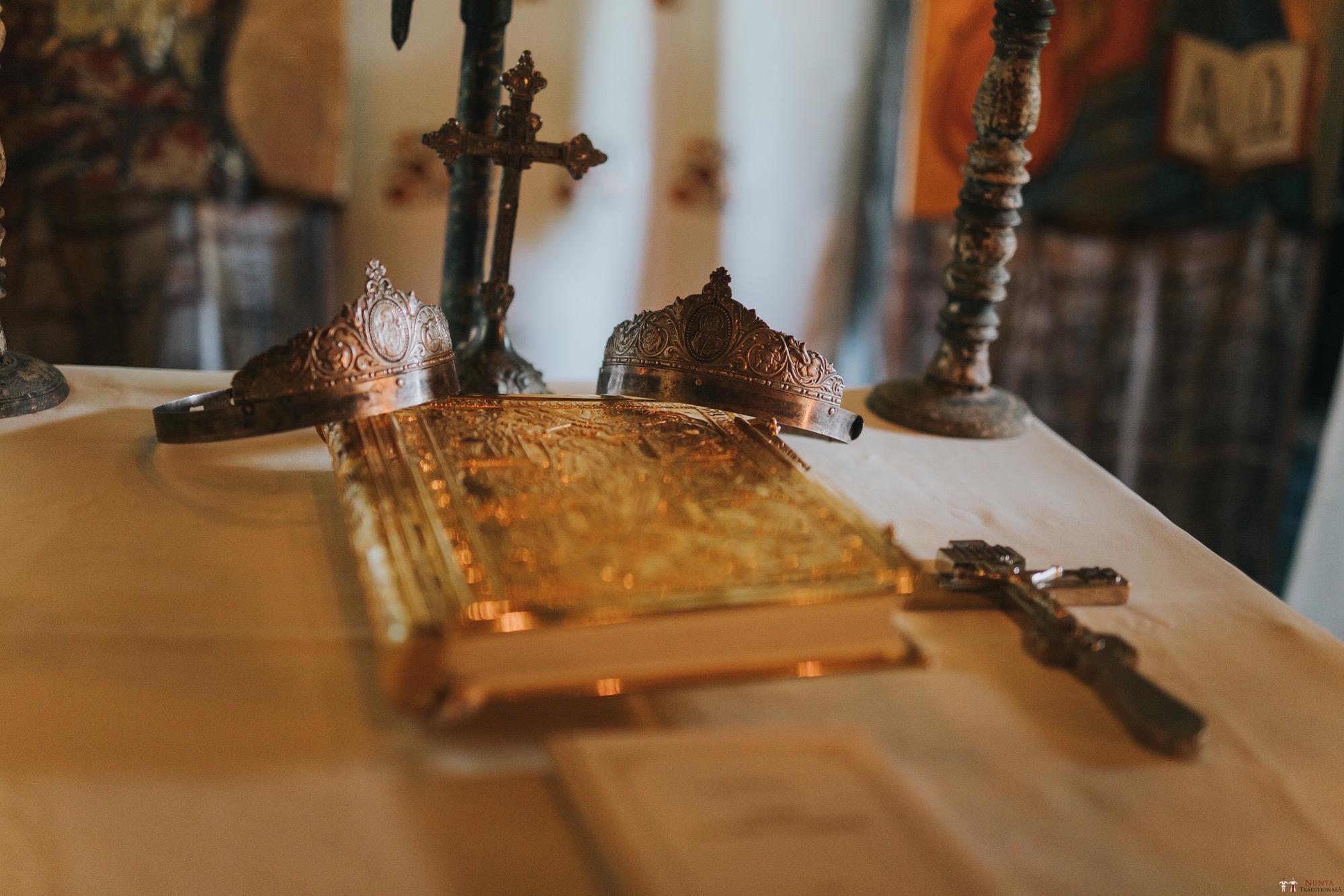 Povești Nunți Tradiționale - Diana și Bogdan. Nuntă tradițională în Găbud, Alba 3