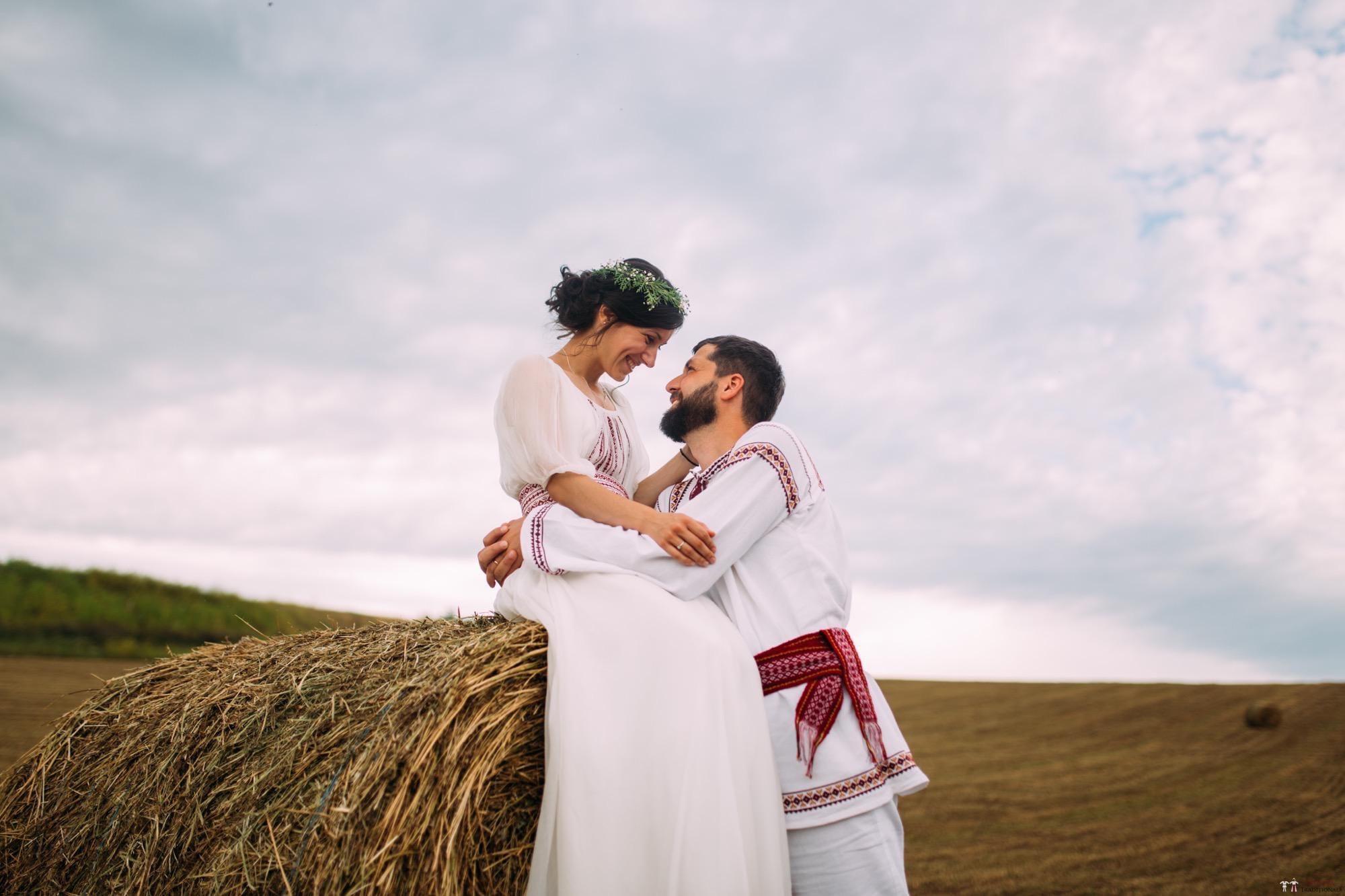 Povești Nunți Tradiționale - Diana și Bogdan. Nuntă tradițională în Găbud, Alba 39