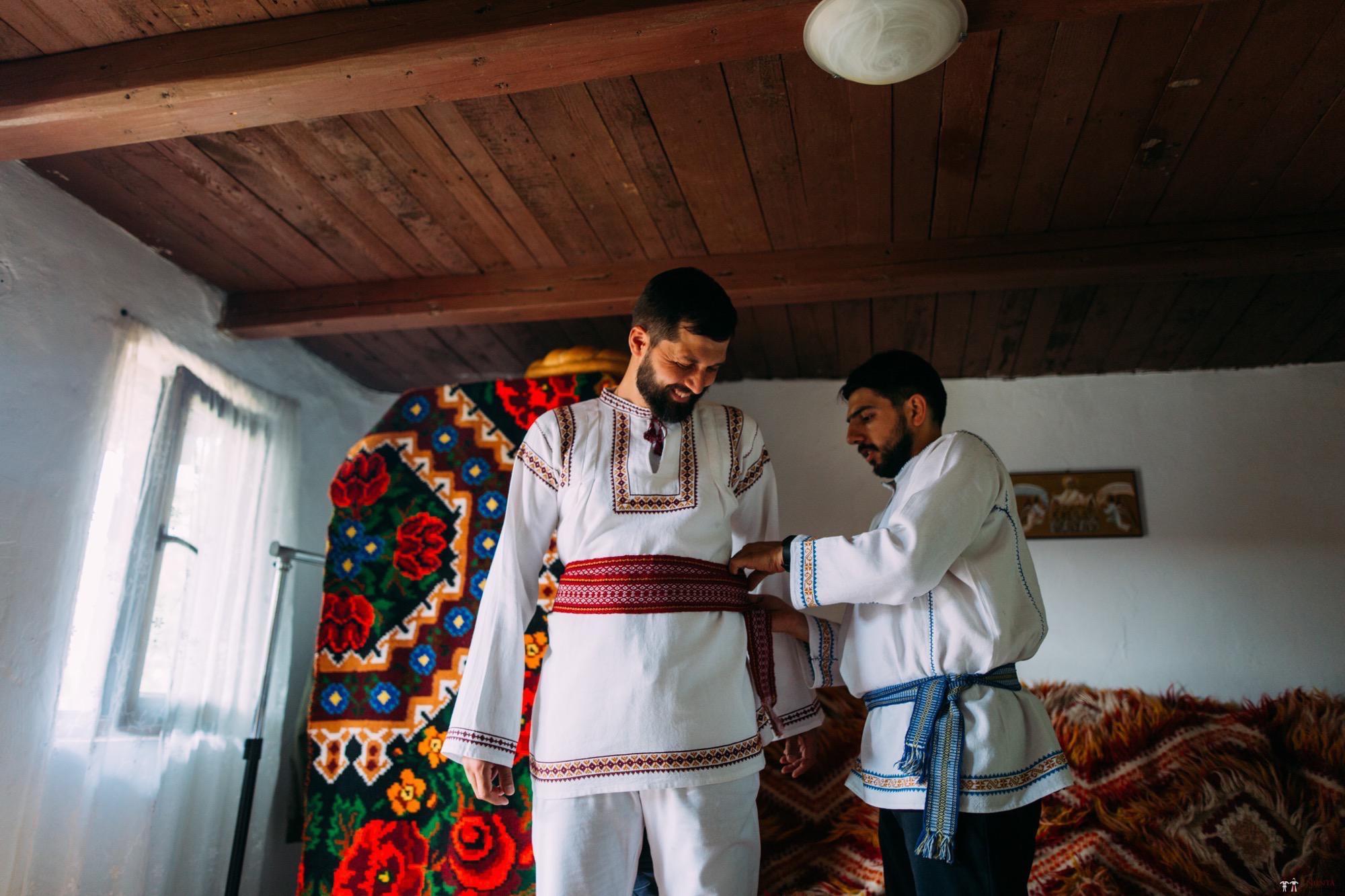Povești Nunți Tradiționale - Diana și Bogdan. Nuntă tradițională în Găbud, Alba 49