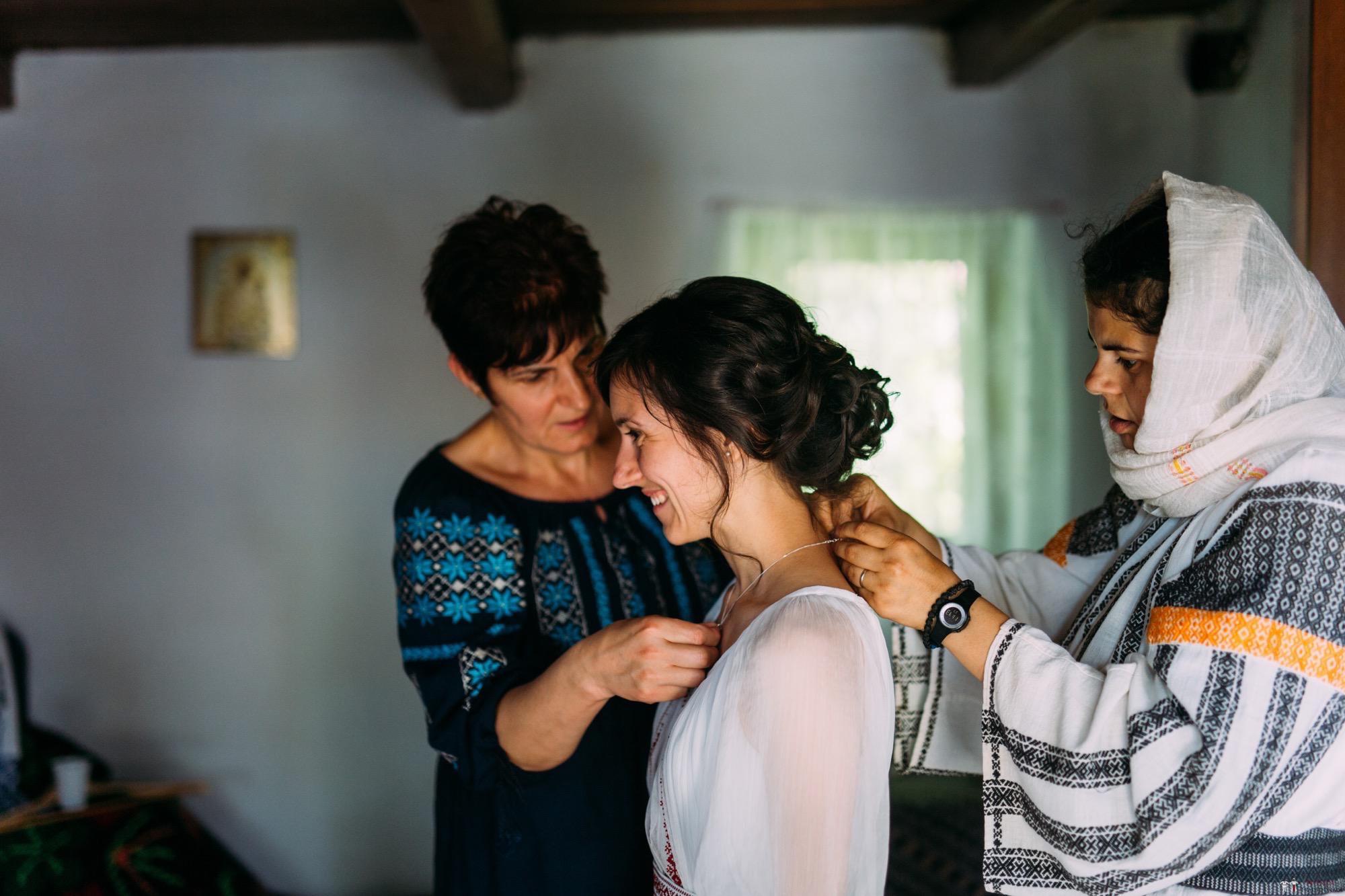 Povești Nunți Tradiționale - Diana și Bogdan. Nuntă tradițională în Găbud, Alba 53