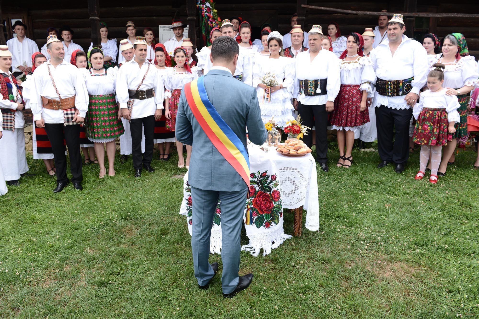 Povești Nunți Tradiționale - Florentina Vlad și Lemnean Ionuț. Cununie tradițională în Baia Mare 15