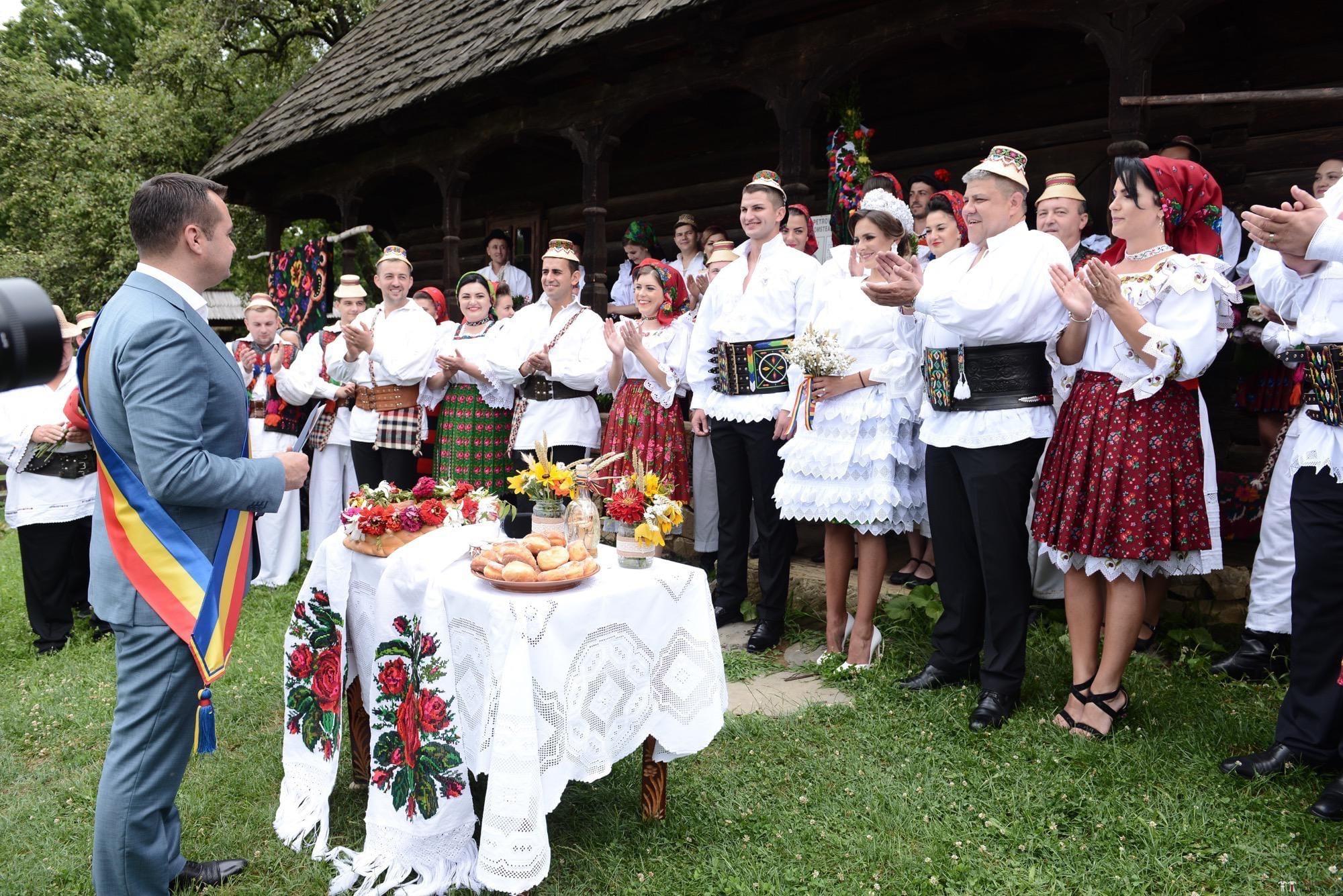 Povești Nunți Tradiționale - Florentina Vlad și Lemnean Ionuț. Cununie tradițională în Baia Mare 16