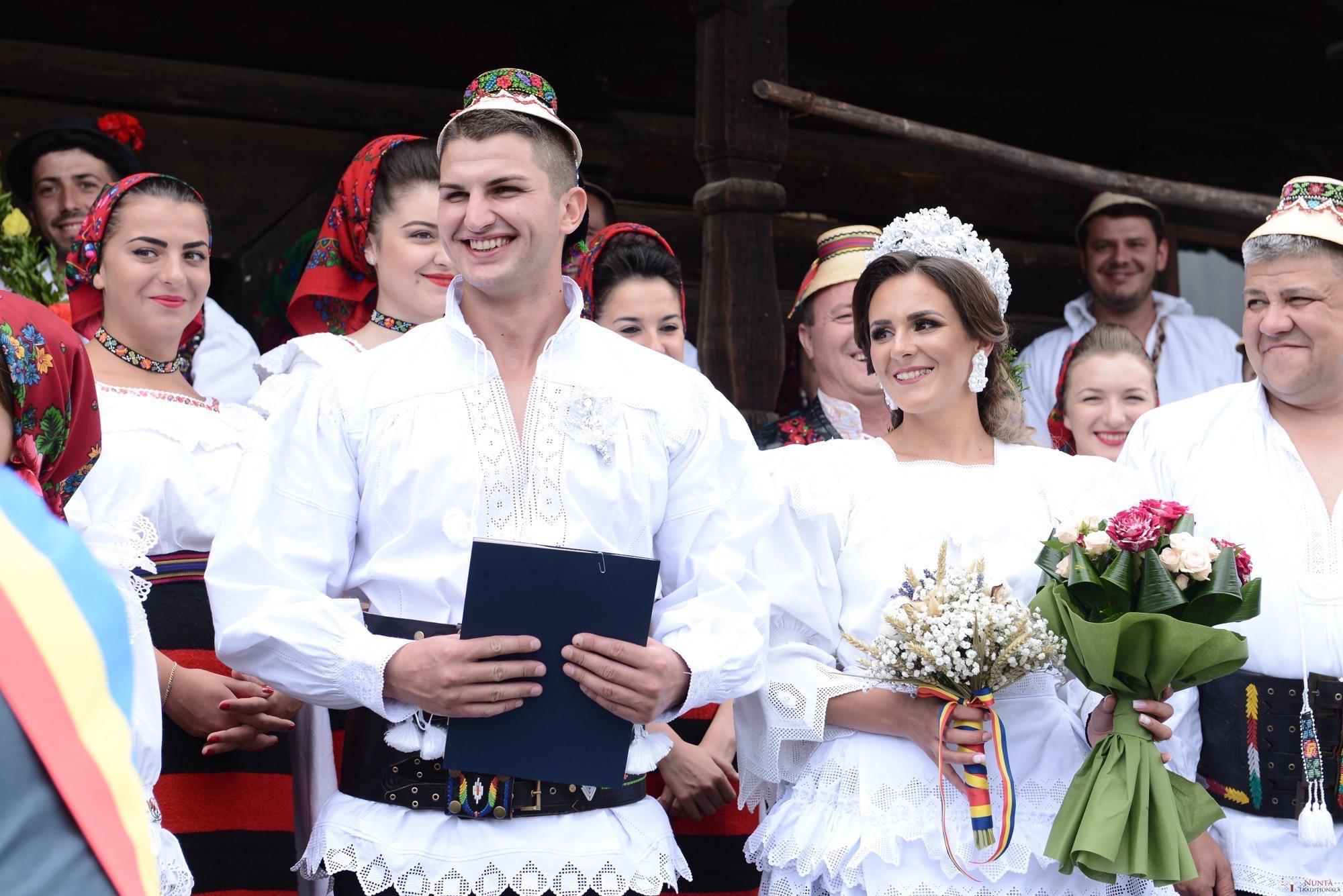 Povești Nunți Tradiționale - Florentina Vlad și Lemnean Ionuț. Cununie tradițională în Baia Mare 17