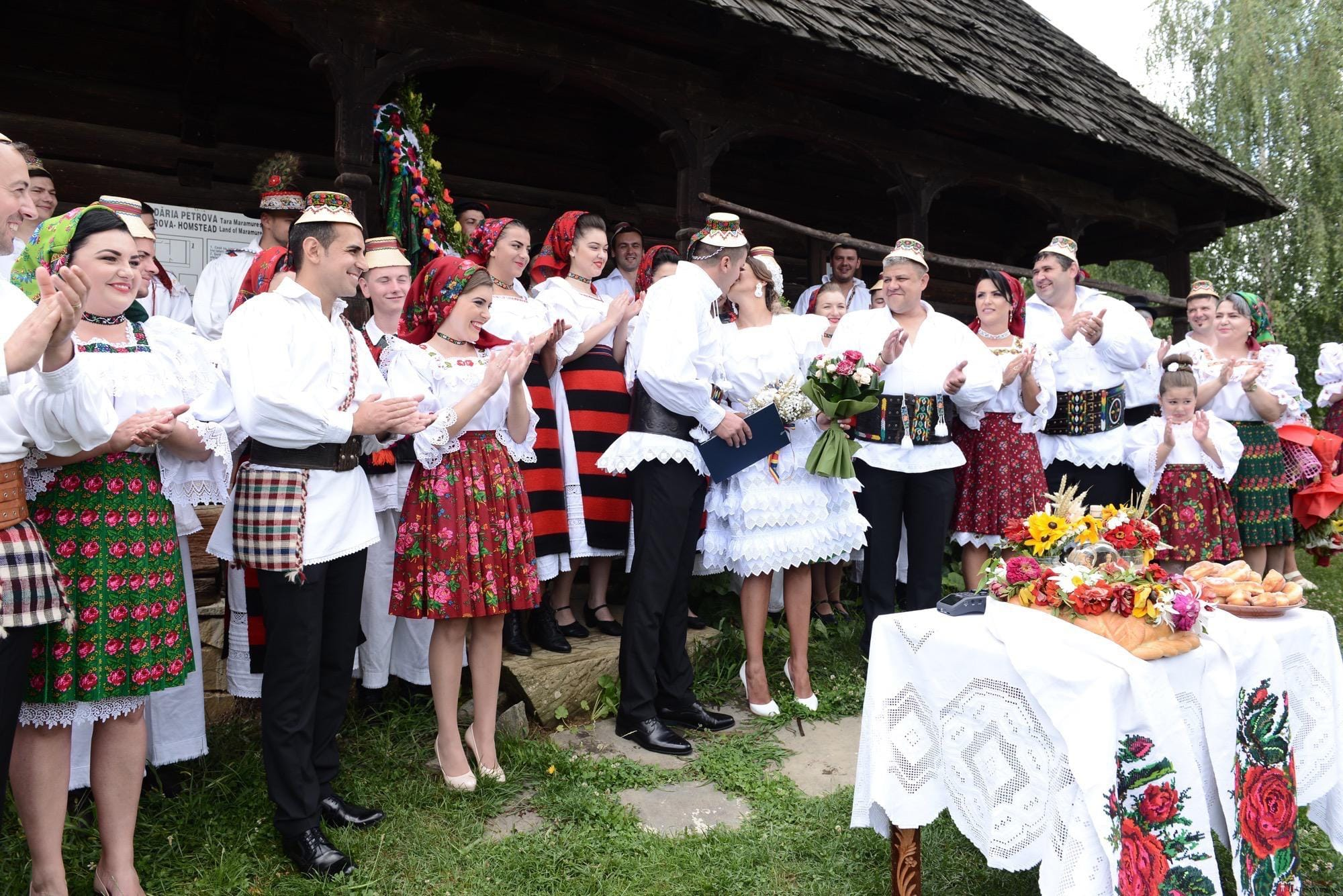 Povești Nunți Tradiționale - Florentina Vlad și Lemnean Ionuț. Cununie tradițională în Baia Mare 18