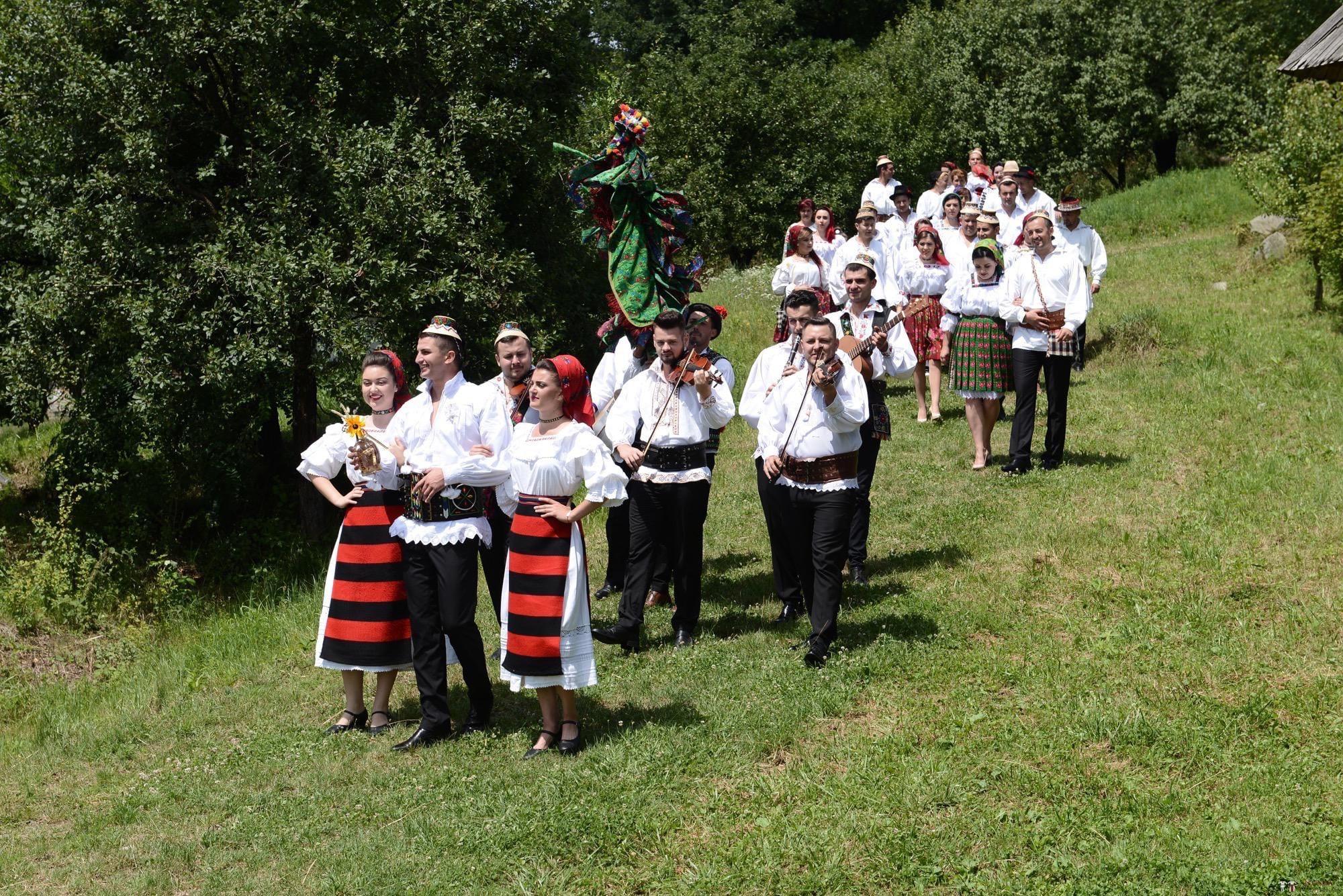 Povești Nunți Tradiționale - Florentina Vlad și Lemnean Ionuț. Cununie tradițională în Baia Mare 23