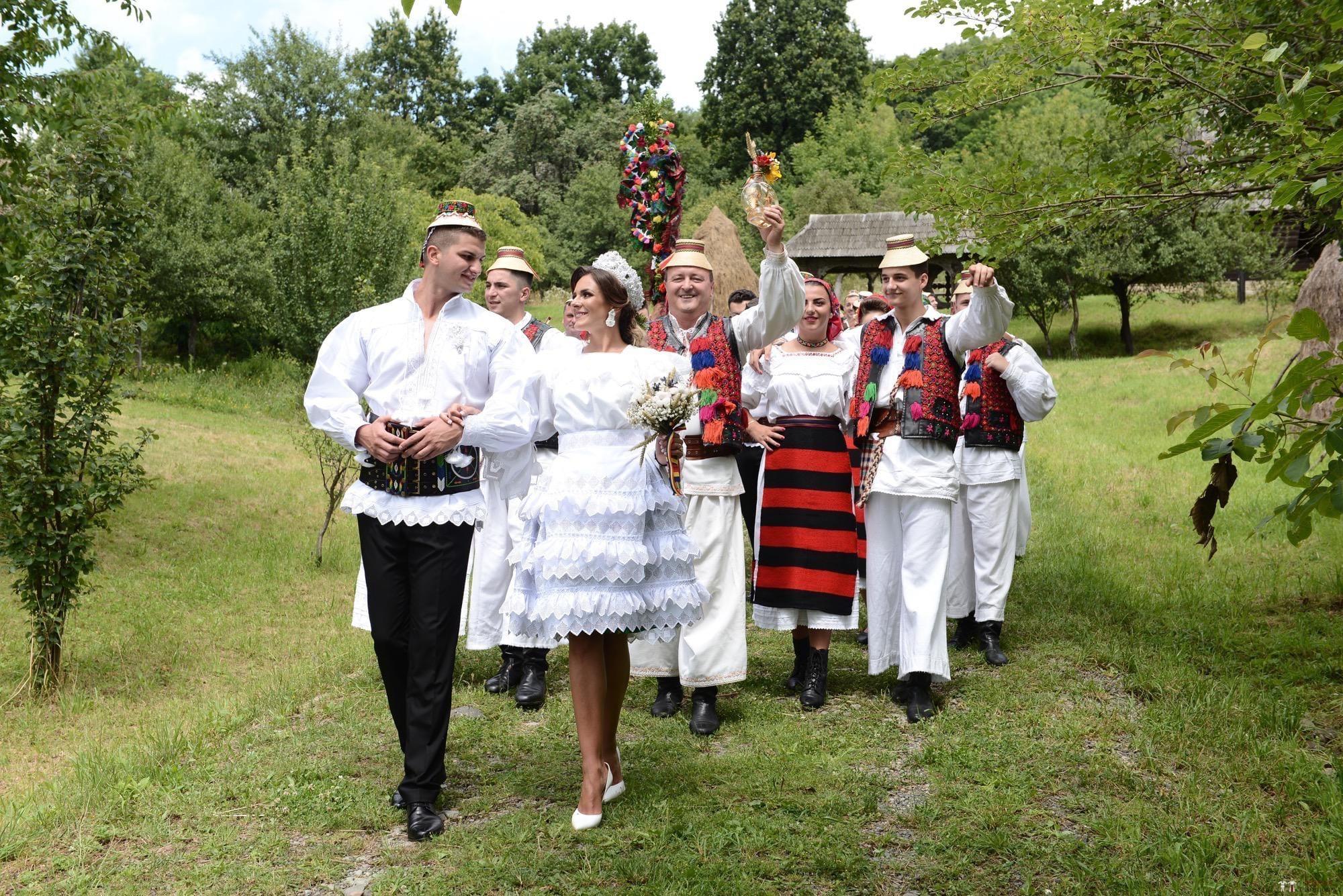 Povești Nunți Tradiționale - Florentina Vlad și Lemnean Ionuț. Cununie tradițională în Baia Mare 25