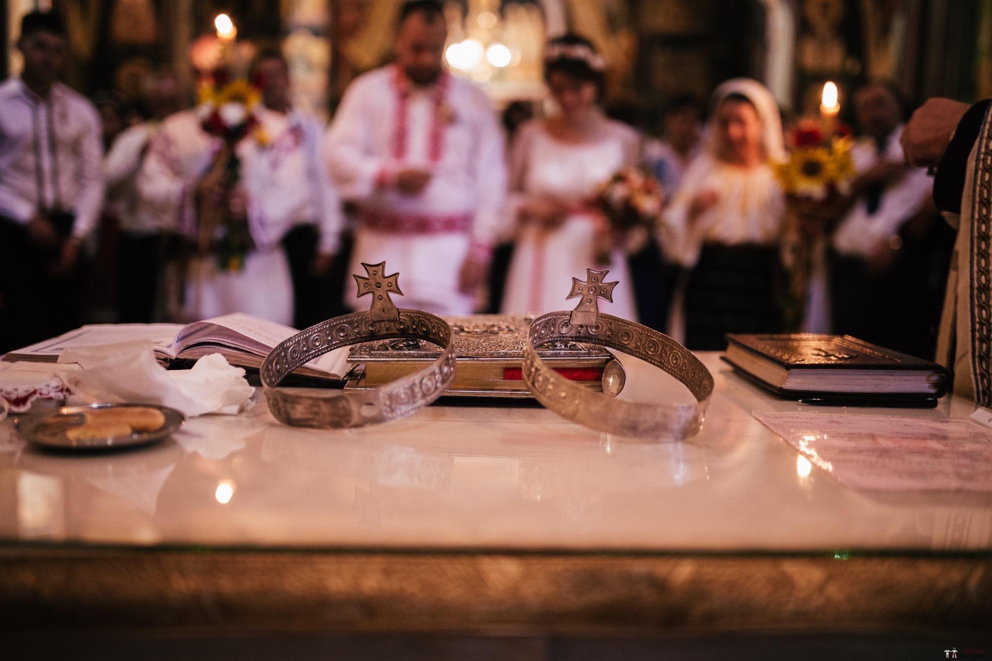 Povești Nunți Tradiționale - Oana și Silviu. Nuntă tradițional românească în București 28