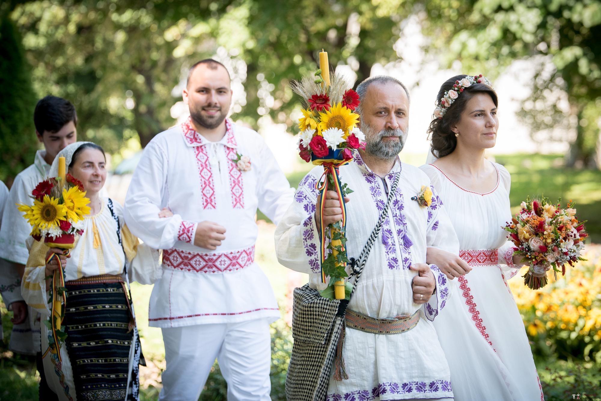 Povești Nunți Tradiționale - Oana și Silviu. Nuntă tradițional românească în București 2