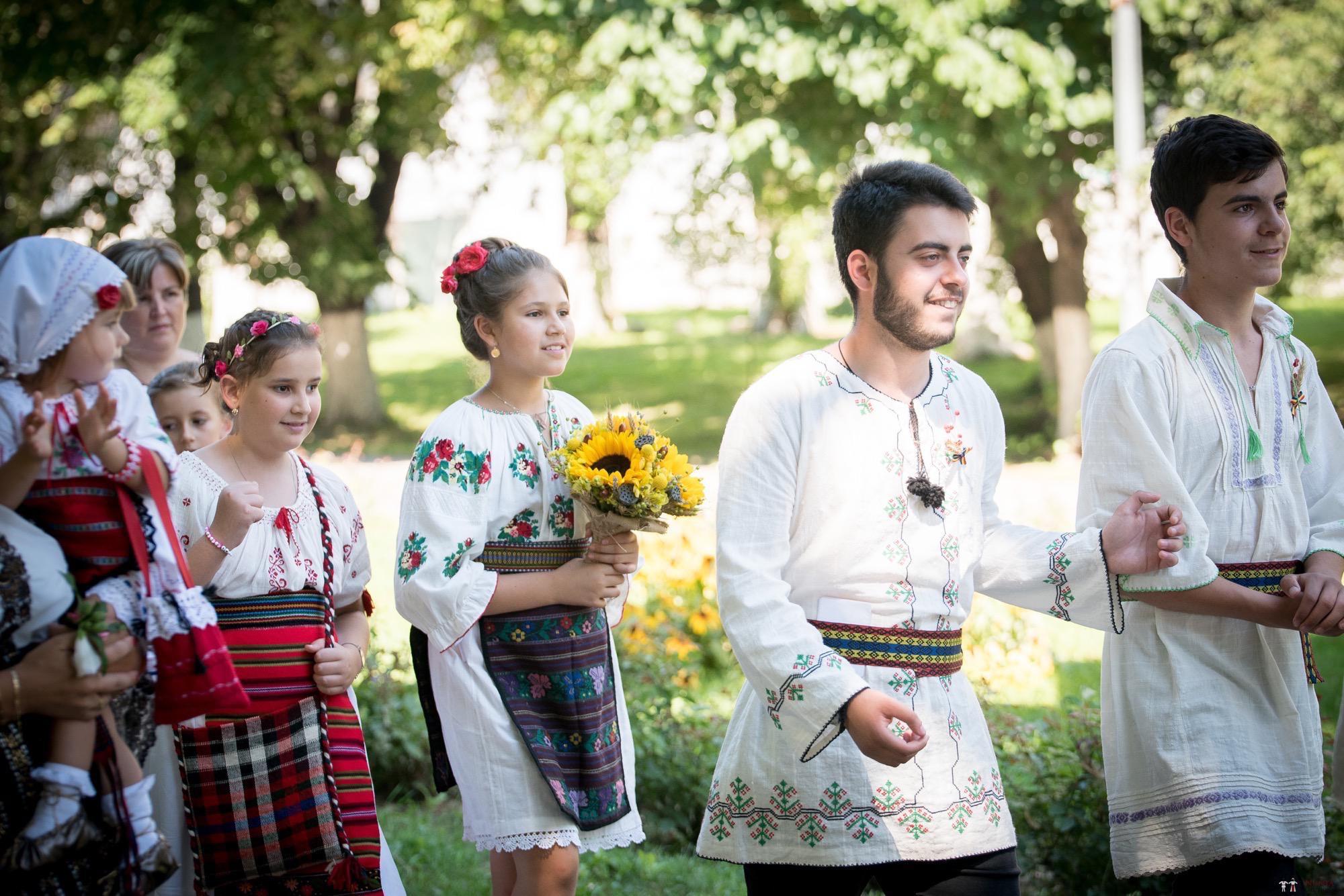 Povești Nunți Tradiționale - Oana și Silviu. Nuntă tradițional românească în București 3