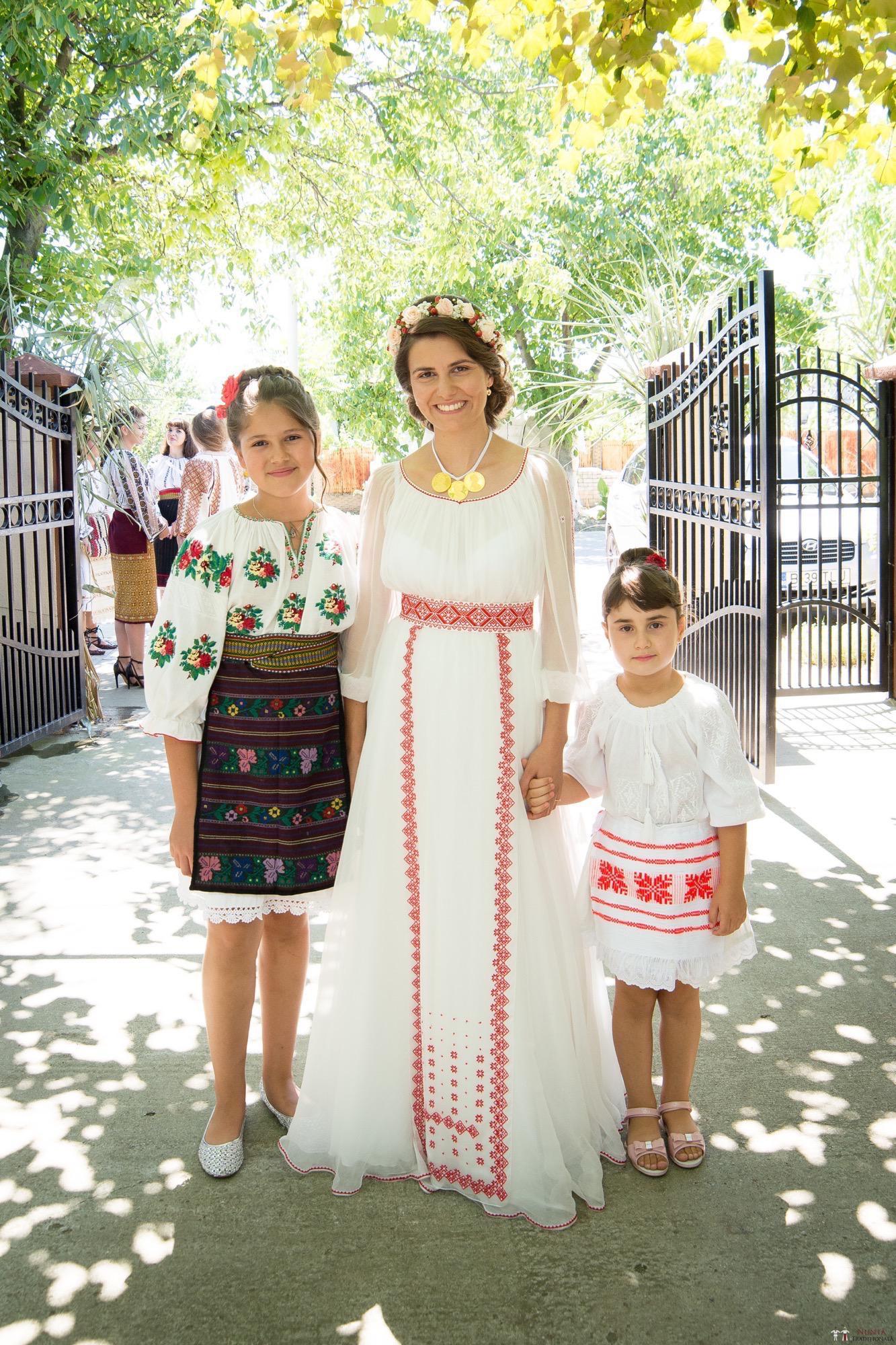 Povești Nunți Tradiționale - Oana și Silviu. Nuntă tradițional românească în București 45