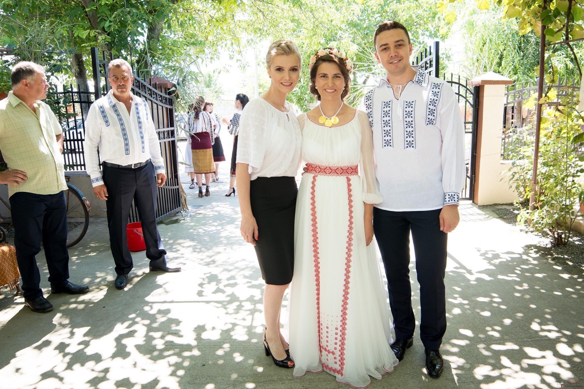 Povești Nunți Tradiționale - Oana și Silviu. Nuntă tradițional românească în București 47