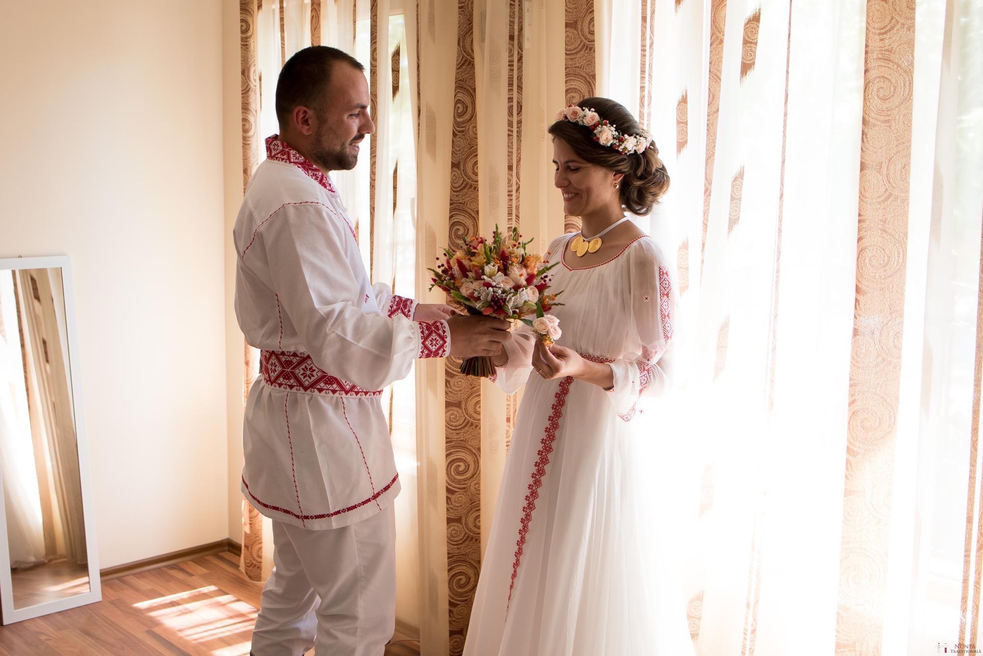 Povești Nunți Tradiționale - Oana și Silviu. Nuntă tradițional românească în București 52